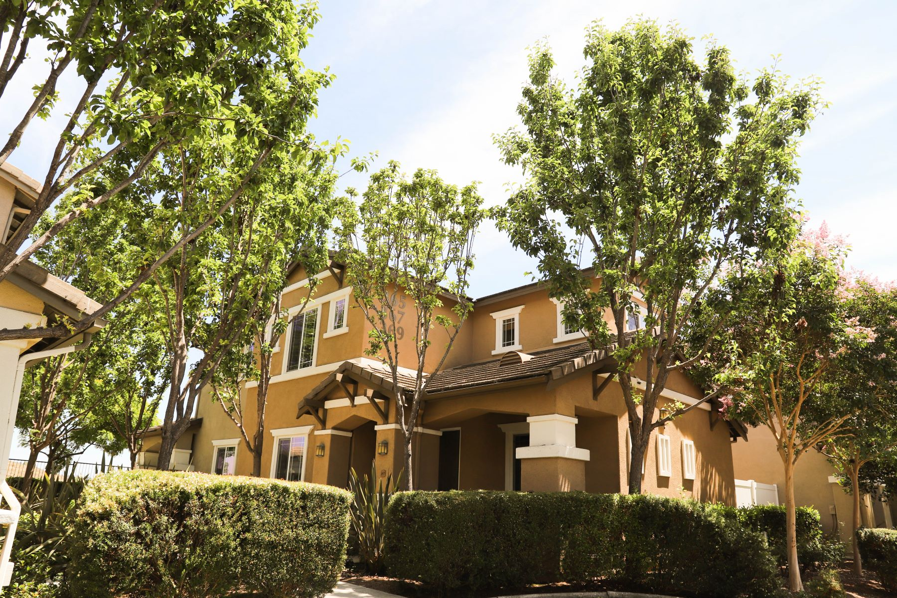 townhouses for Sale at 367 Borden Rd San Marcos, California 92069 United States