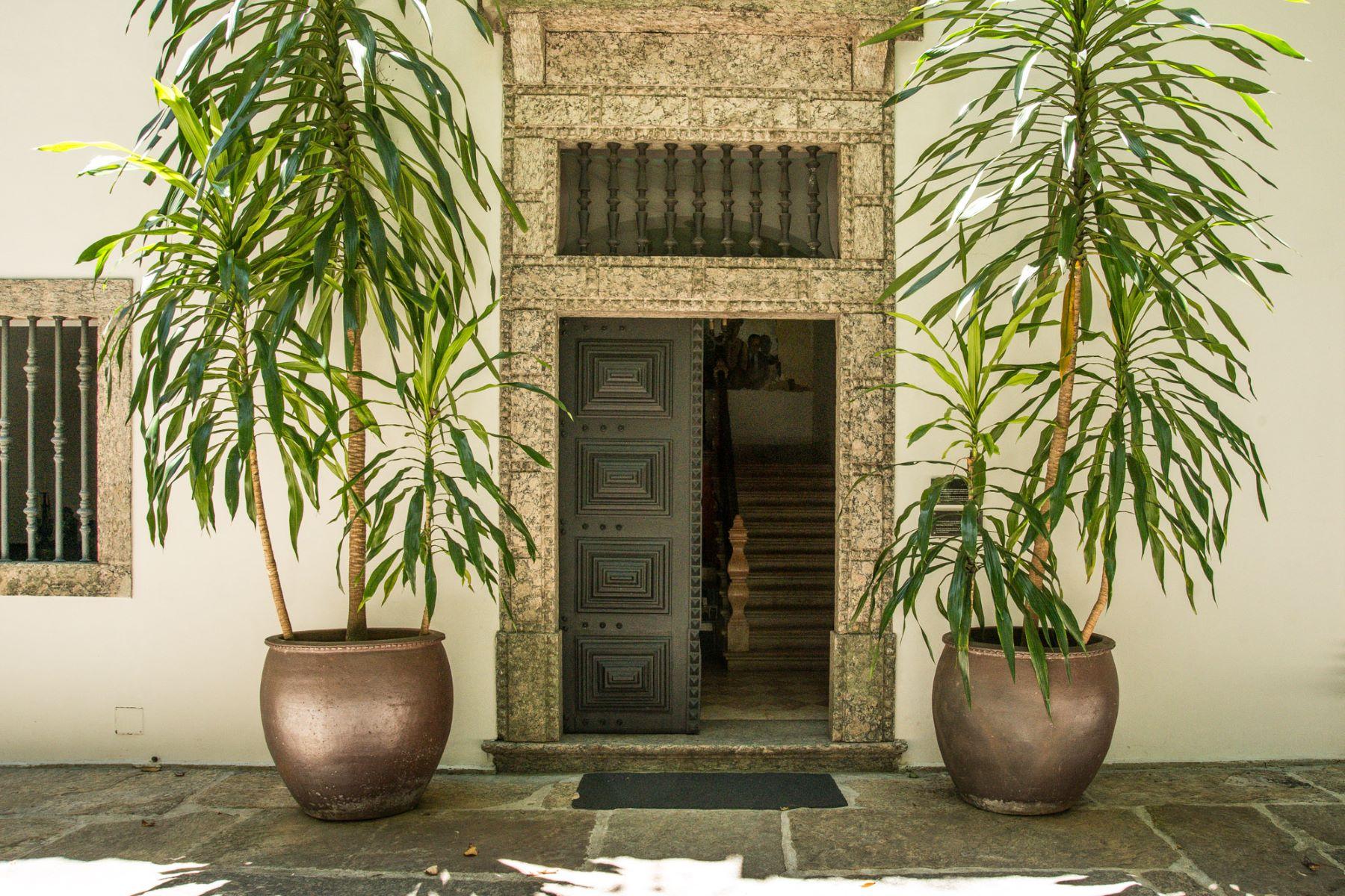 Maison unifamiliale pour l Vente à Historical house Largo do Boticário Rio De Janeiro, Rio De Janeiro, 22241-120 Brésil