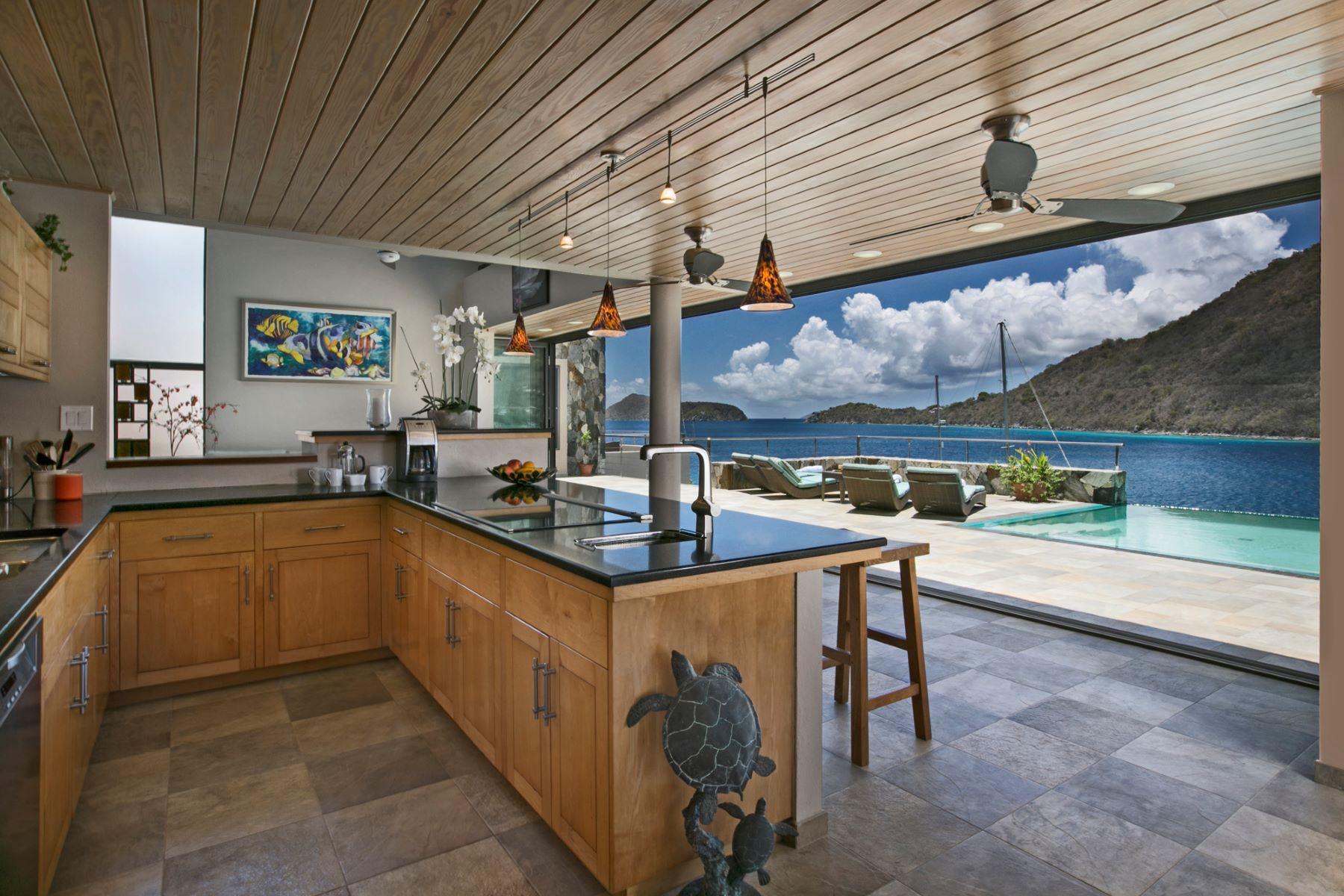 Additional photo for property listing at Tower House & Frenchman's Chalet Frenchmans Cay, Frenchman's Cay Brittiska Jungfruöarna
