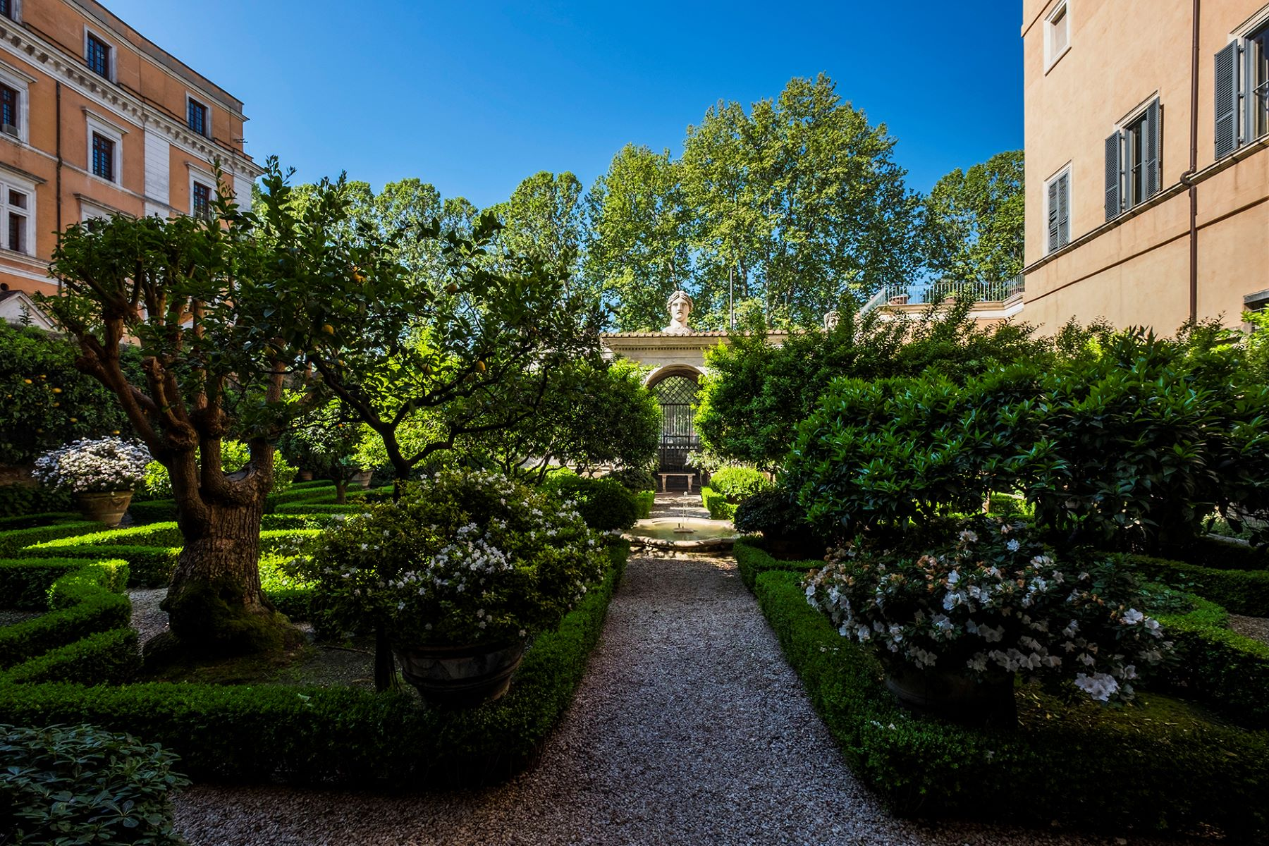 Single Family Home for Sale at Palazzo Sacchetti, a pearl of the late Reinassance in the heart of Rome Via Giulia Rome, 00186 Italy
