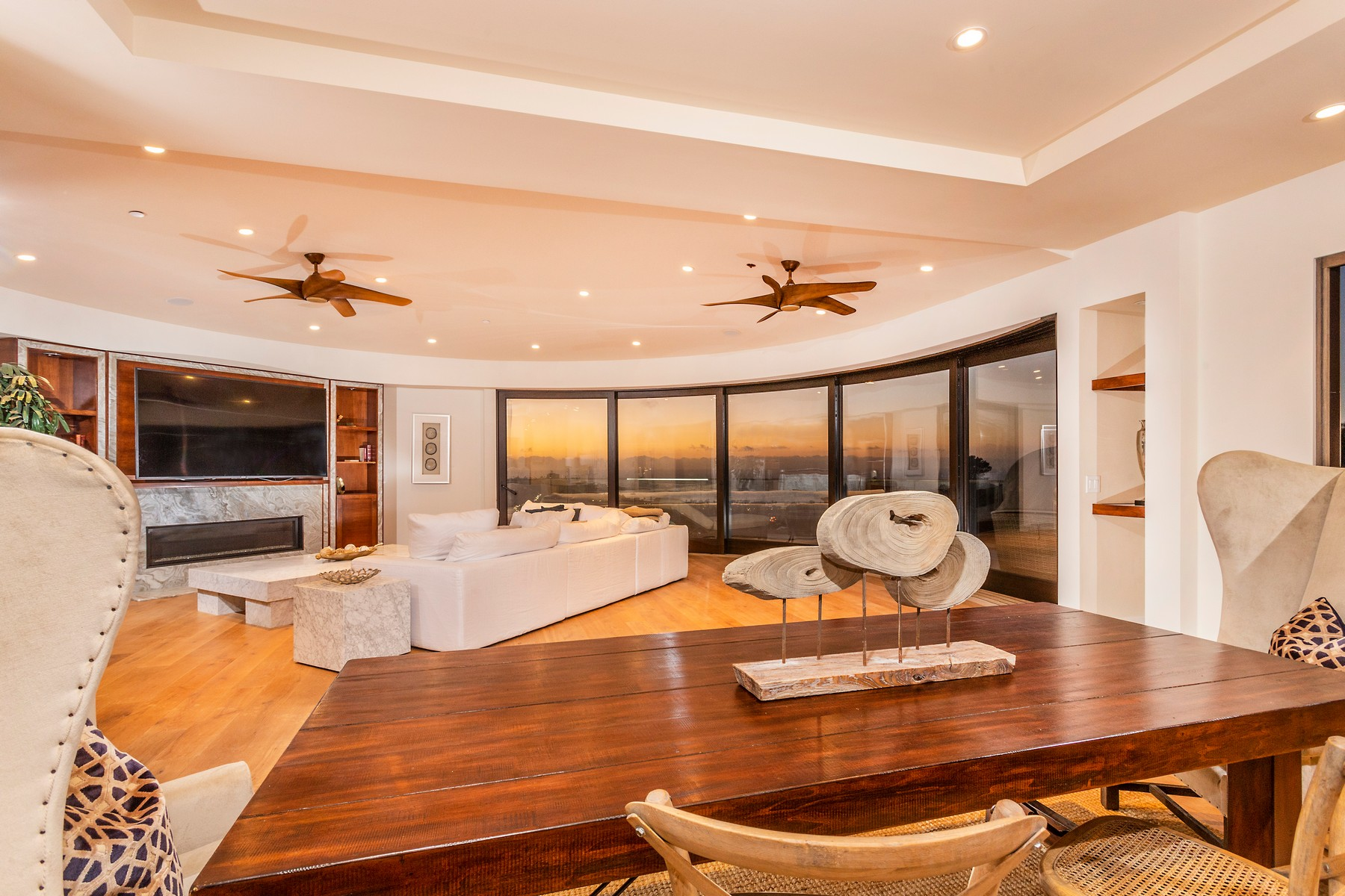 Single Family Homes for Active at 7940 Costebelle Way, La Jolla, CA 92037 7940 Costebelle Way La Jolla, California 92037 United States