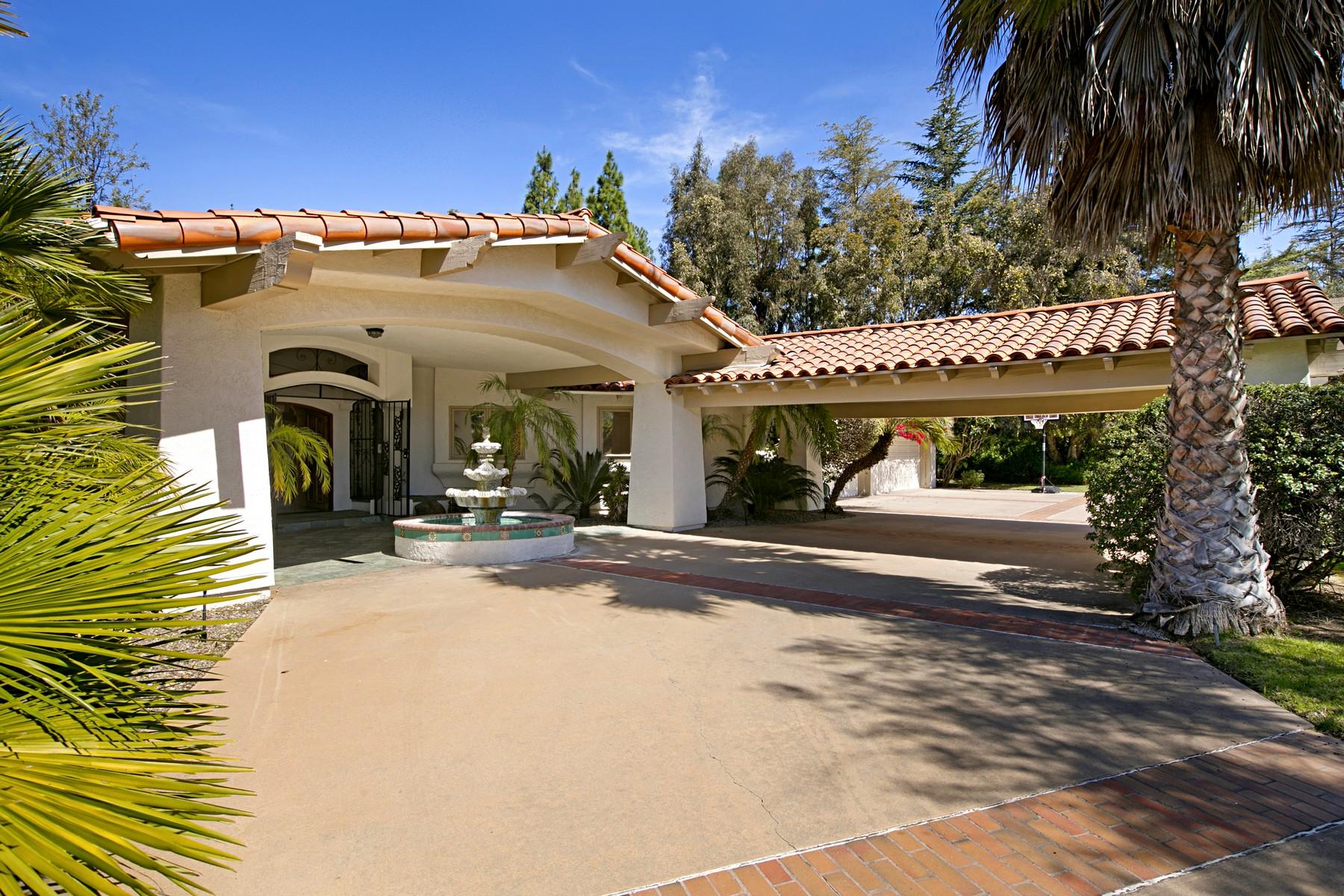 Maison unifamiliale pour l Vente à 18714 Bernardo Trails San Diego, Californie, 92128 États-Unis
