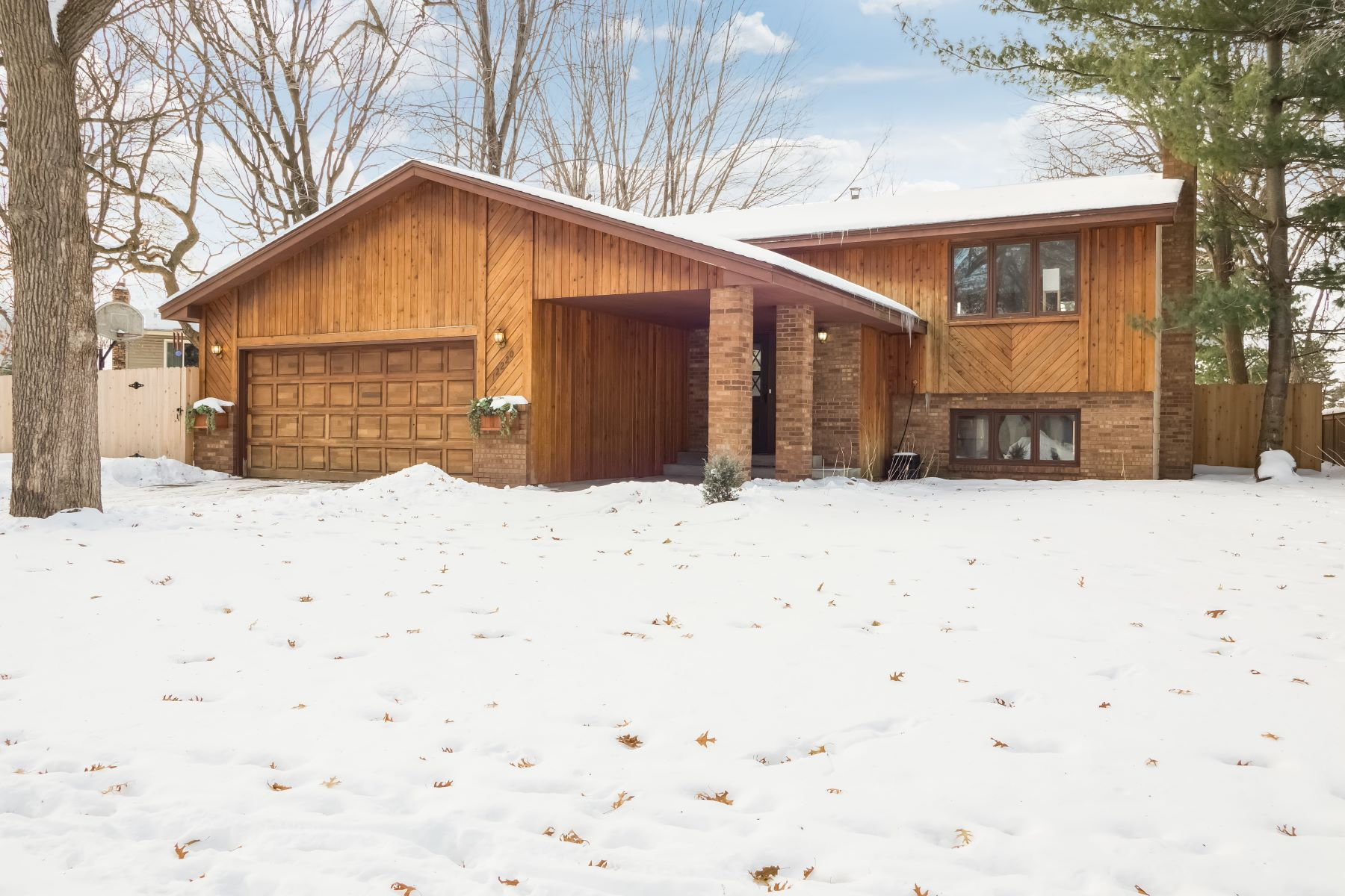 Single Family Homes for Sale at 12220 Sycamore Street NW Coon Rapids, Minnesota 55448 United States