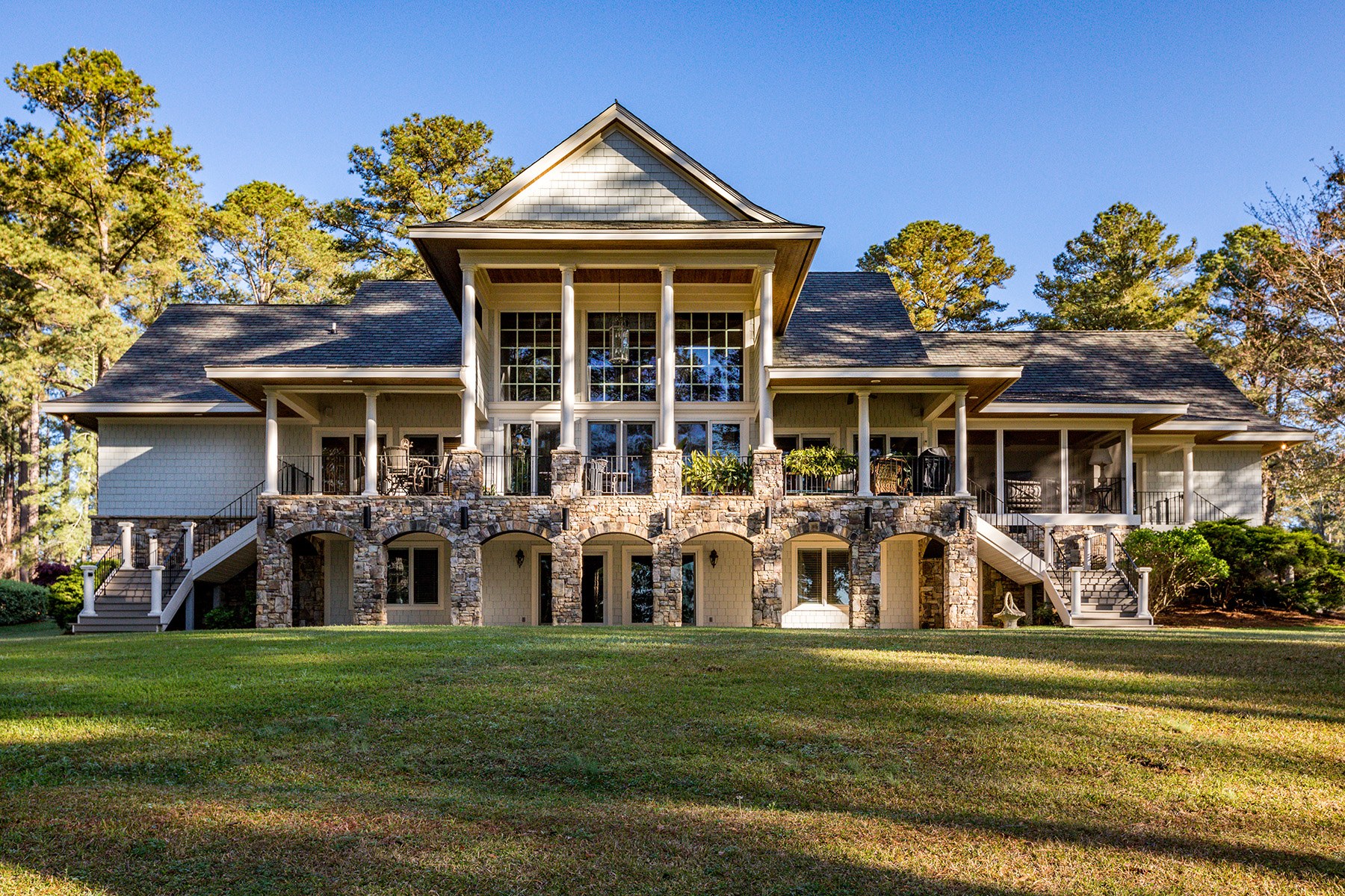 Single Family Homes por un Venta en Private, Gated Entry Prefaces Tree-Lined Drive With Rolling Pasture Views 52 Chigoe Lane, Appling, Georgia 30802 Estados Unidos