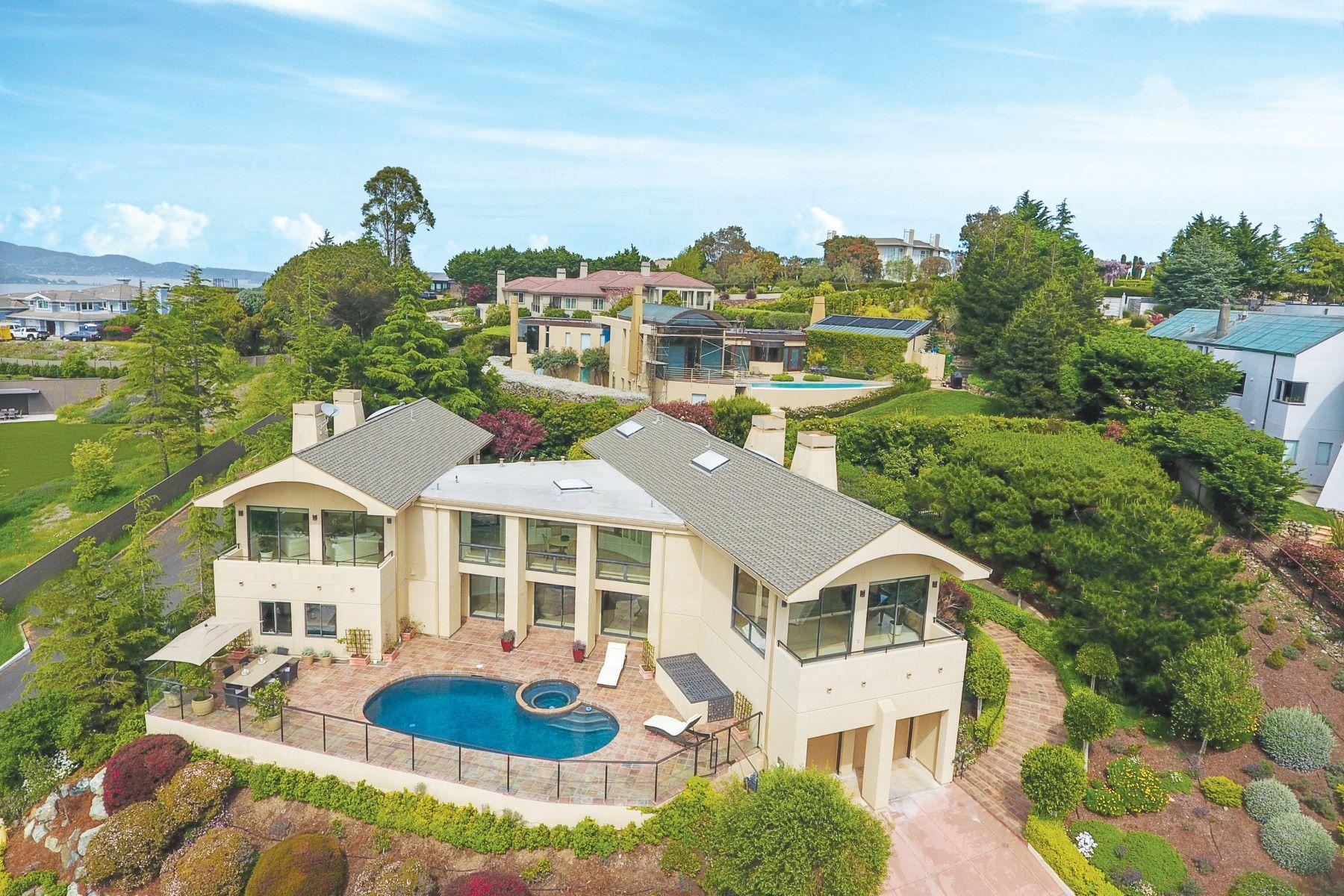 واحد منزل الأسرة للـ Sale في Hilltop Contemporary 5 Gilmartin Court Tiburon, California 94920 United States
