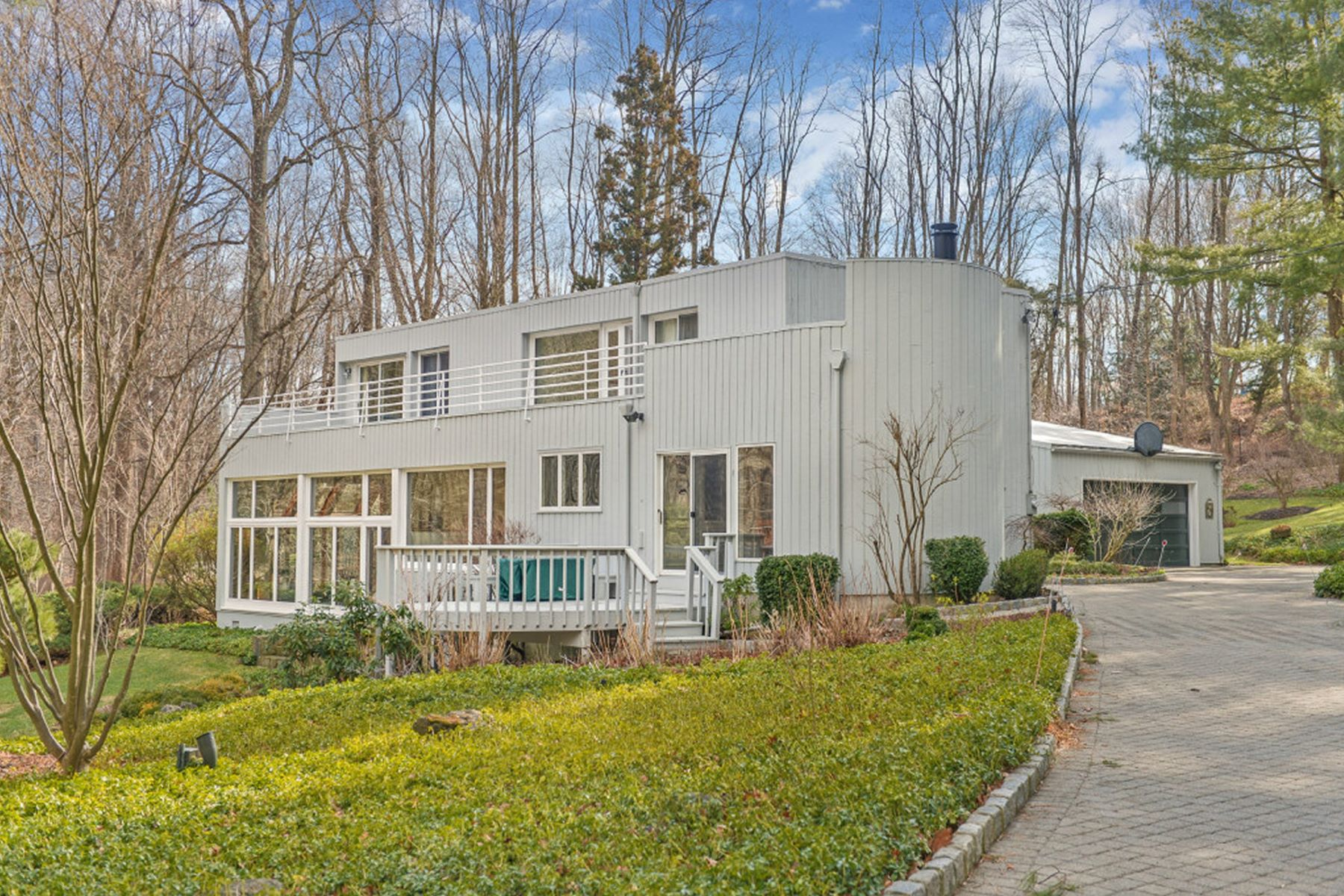 Single Family Home for Sale at Contemporary Country Estate 71 Washington Corner Road Bernardsville, New Jersey, 07924 United States