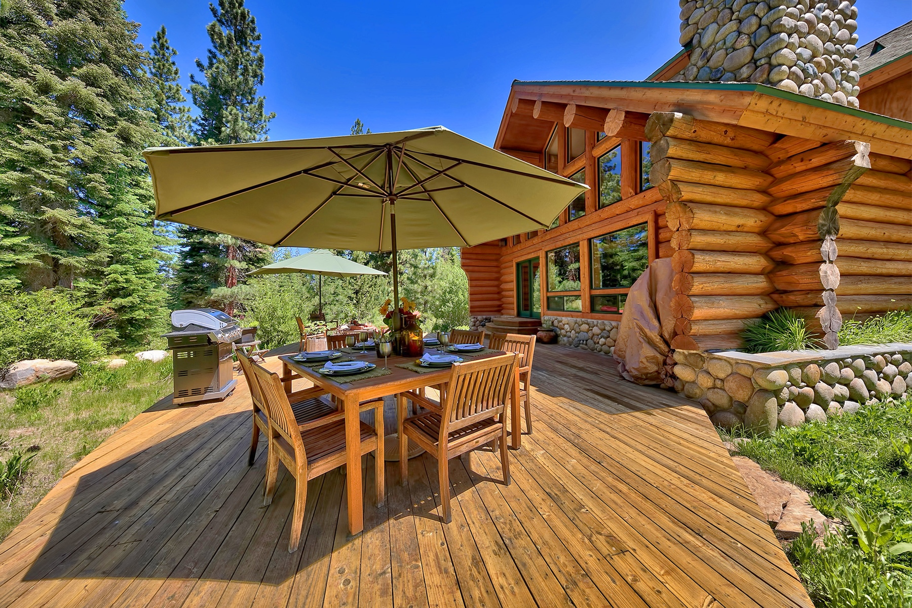 Additional photo for property listing at 11979 Stony Creek Court, Truckee CA 96161 11979 Stony Creek Court Truckee, California 96161 Estados Unidos