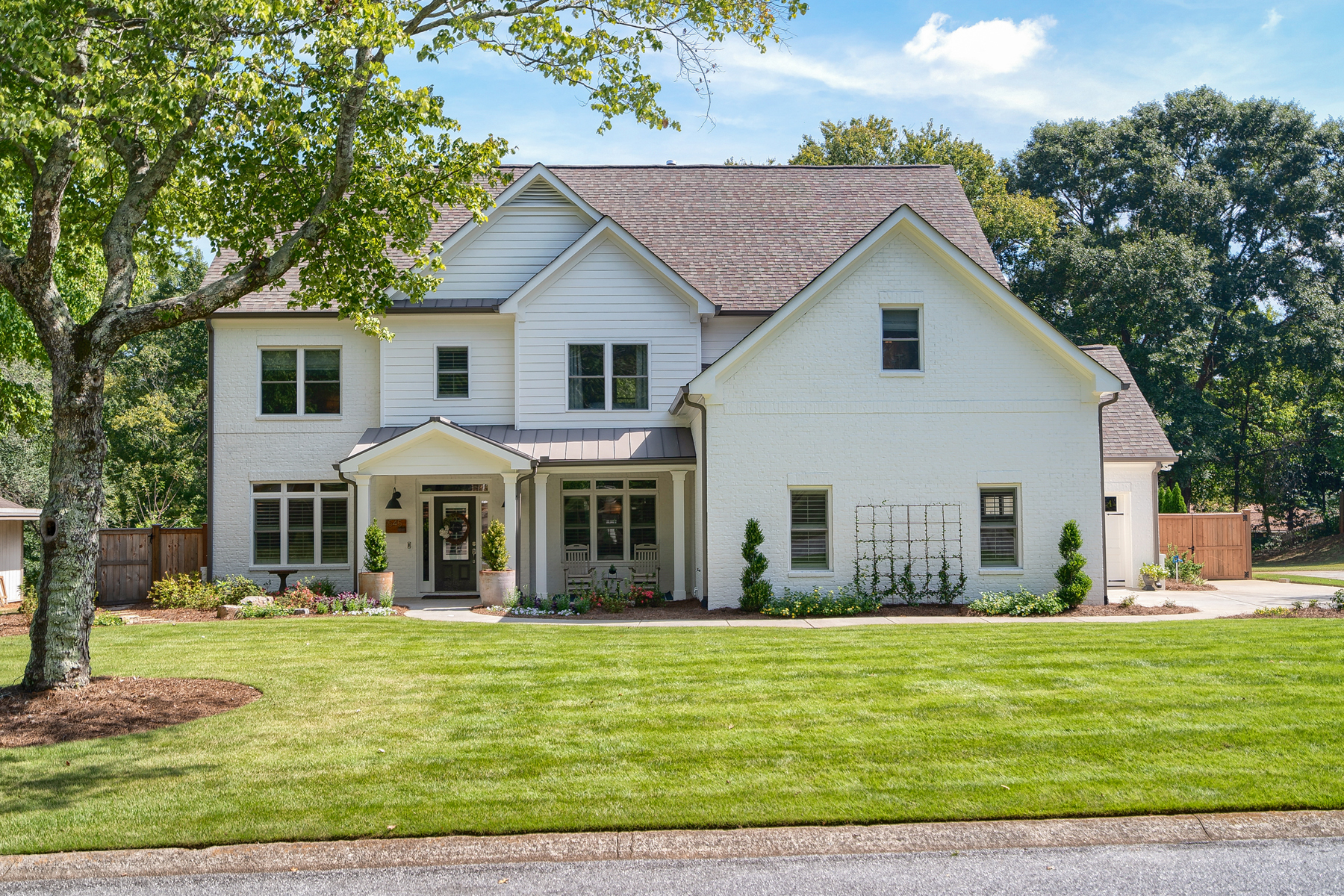 Single Family Home for Sale at Stunning Outdoor Paradise Near Downtown Roswell 1545 Oakfield Ln Roswell, Georgia 30075 United States