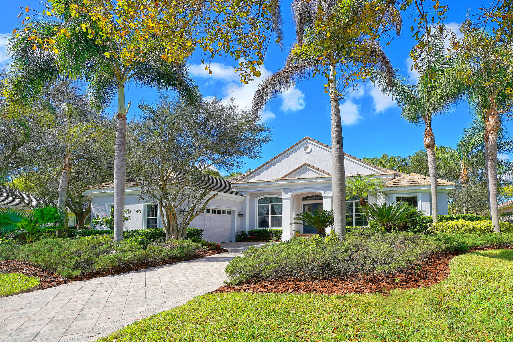 Single Family Homes for Active at UNIVERSITY PARK 7115 Chatsworth Ct University Park, Florida 34201 United States