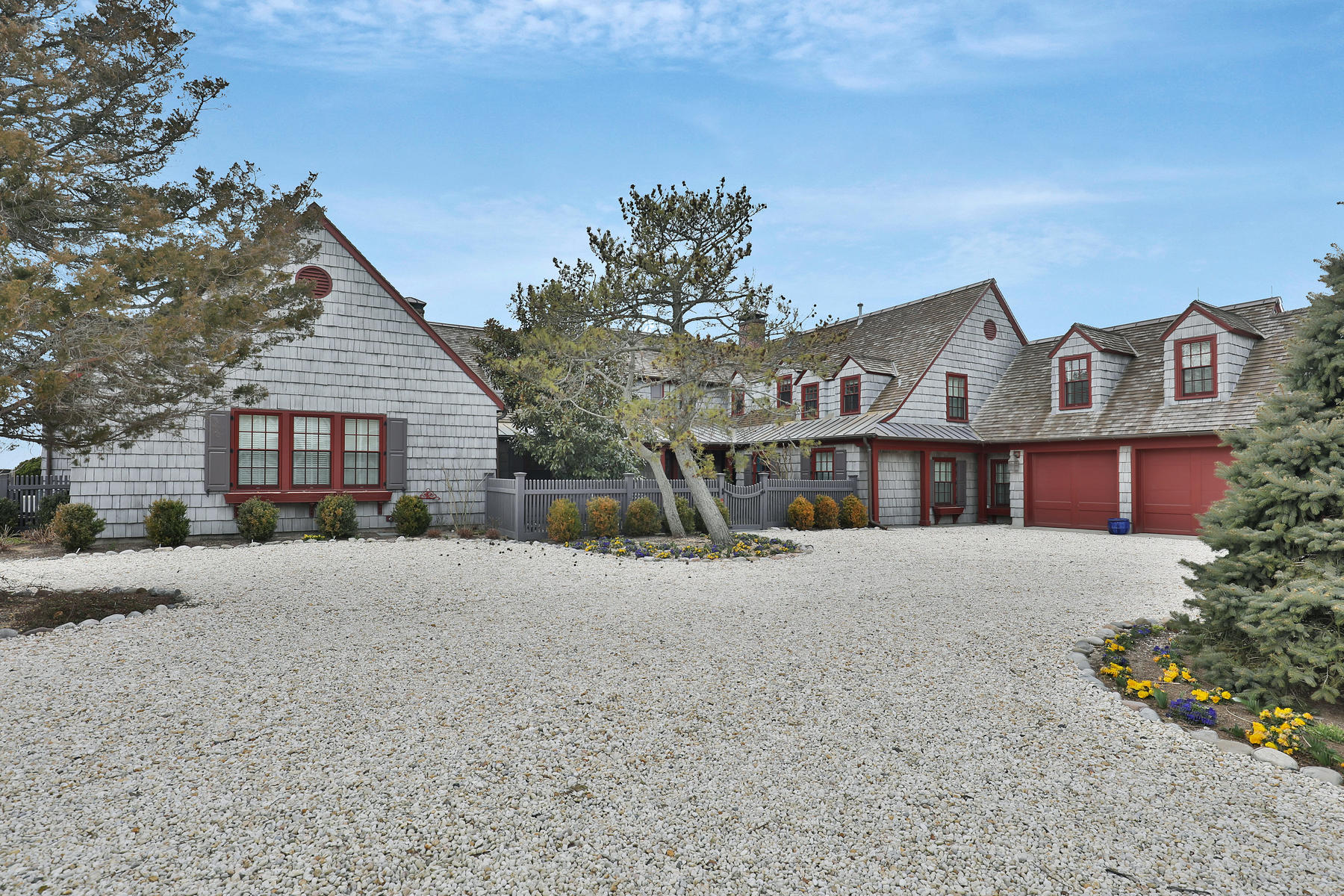 独户住宅 为 销售 在 Spectacular Home With Unobstructed Bay Views 1066 Barnegat Lane 洛金, 新泽西州, 08758 美国