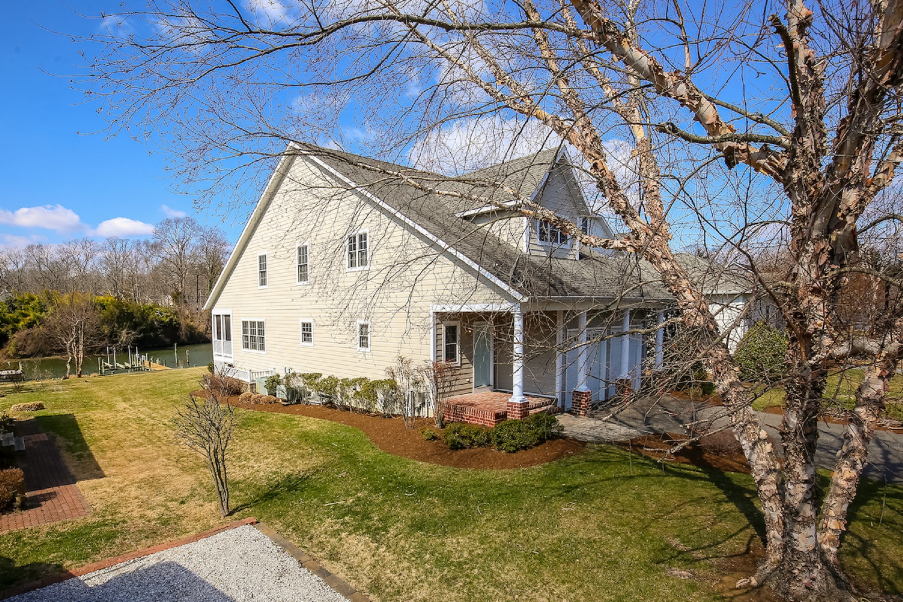 Maison unifamiliale pour l Vente à Loch Haven Beach 3600 South River Terrace, Edgewater, Maryland, 21037 États-Unis