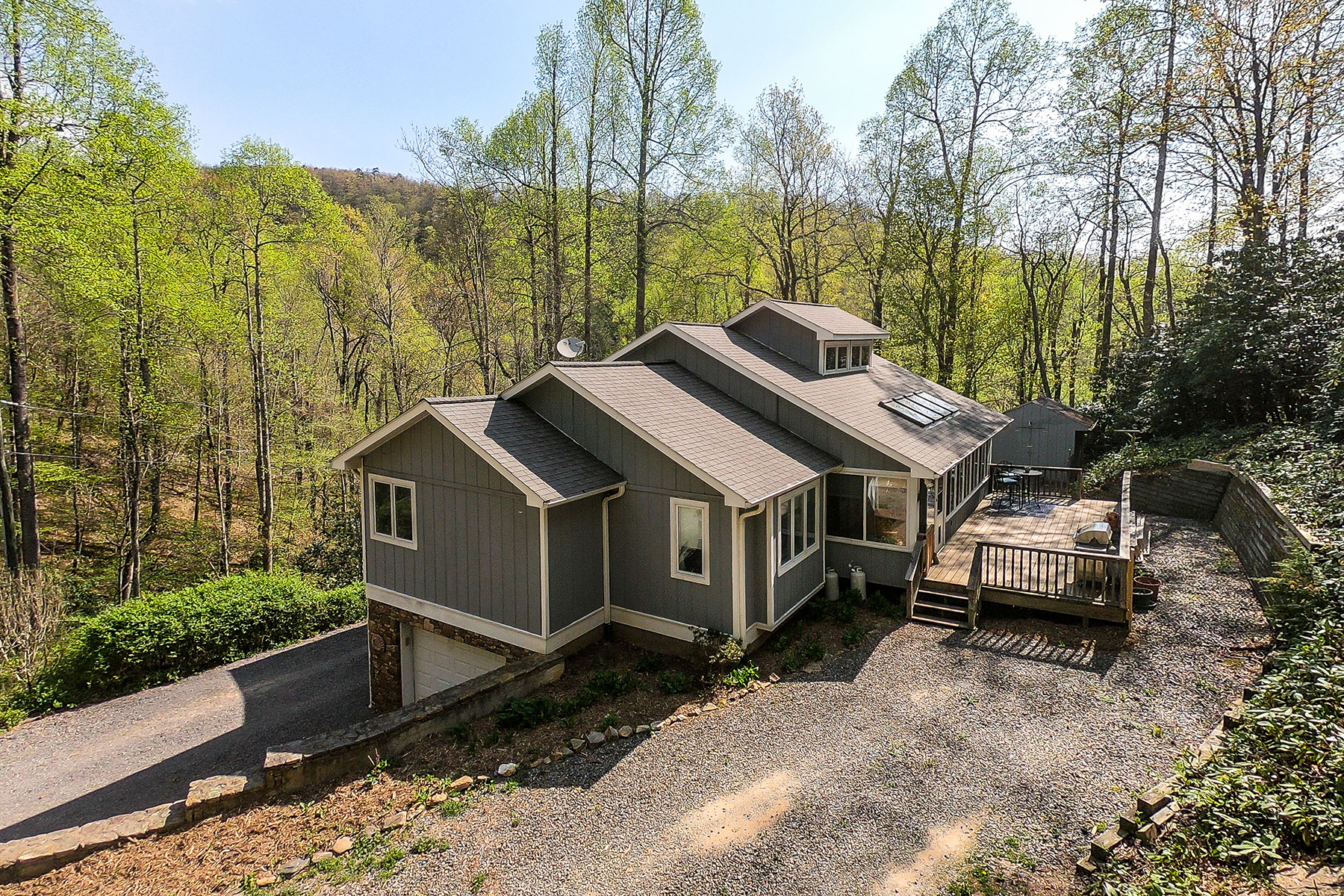 Single Family Home for Active at 60 Miller Cove Road Black Mountain, North Carolina 28711 United States