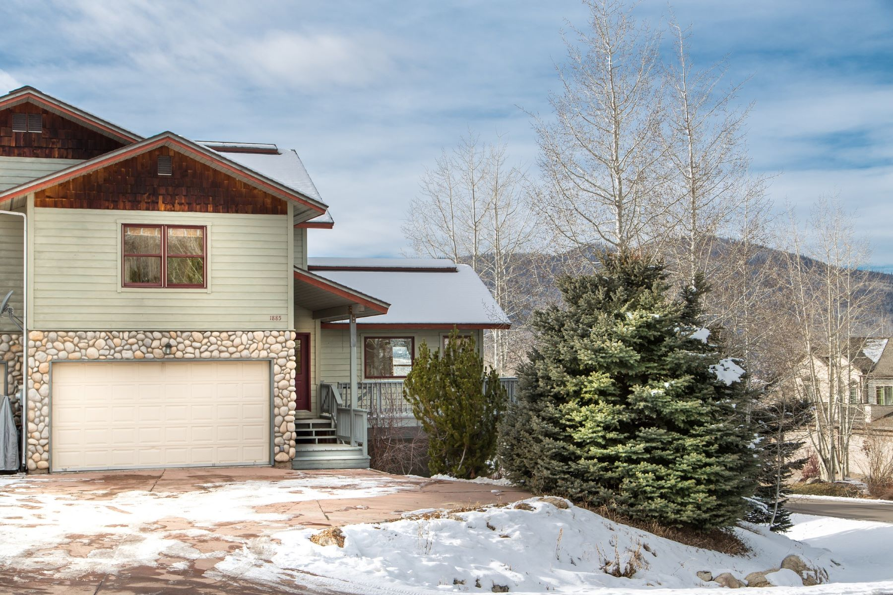 Townhouse for Sale at Quiet Mountain Neighborhood 1885 Hunters Drive Steamboat Springs, Colorado 80487 United States