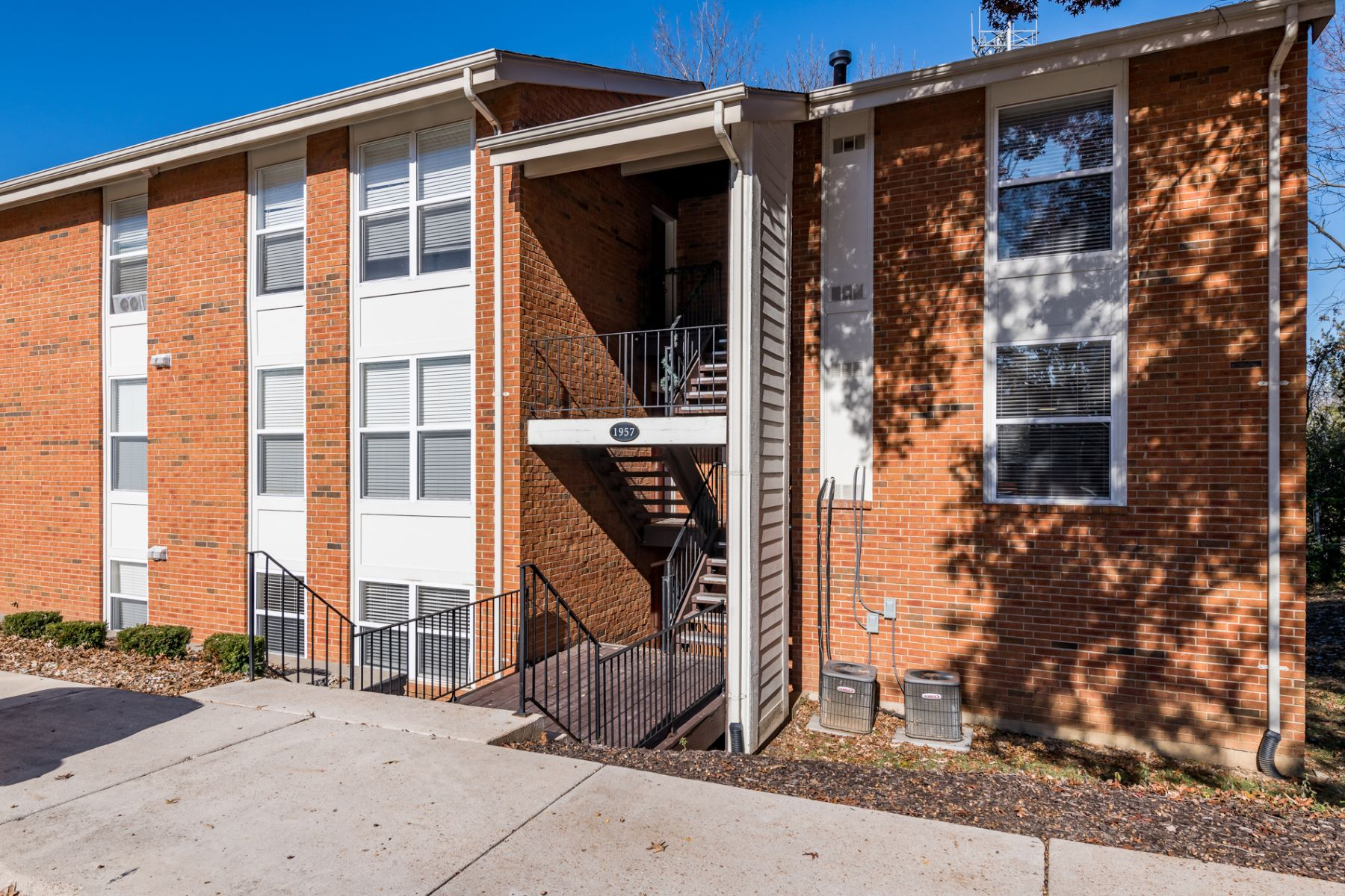 Condominium for Sale at Greenpoint Dr 1957 Greenpoint Dr #201 Kirkwood, Missouri 63122 United States