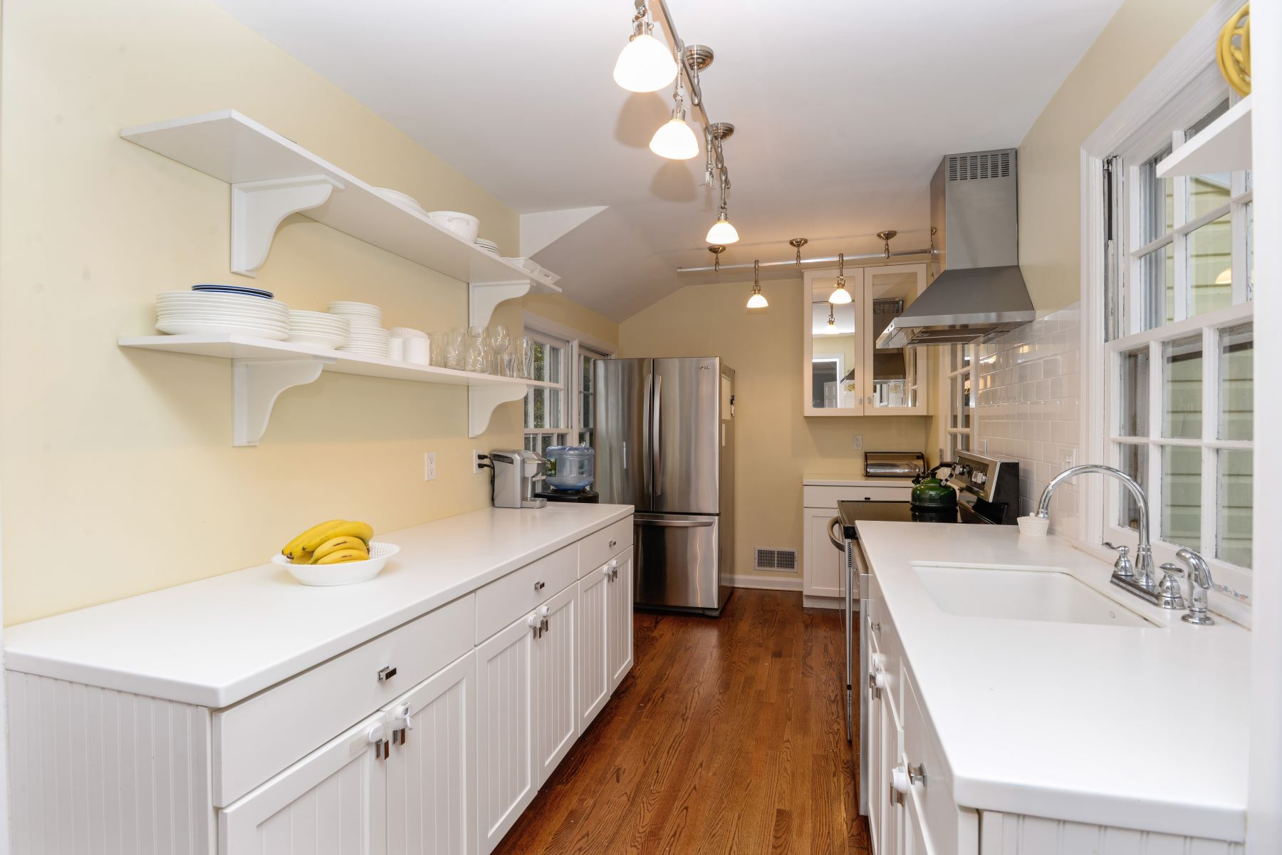 Additional photo for property listing at Charming Cape Cod 38 The Farms Road Bedford, New York 10506 United States