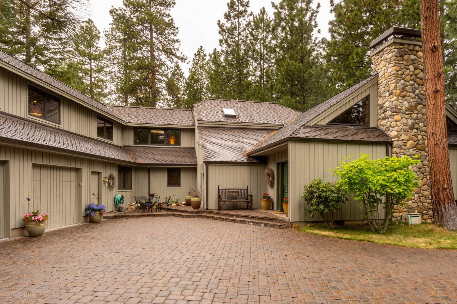 Single Family Homes 為 出售 在 13745 Ground Fir Black Butte Ranch, OR Black Butte Ranch, 俄勒岡州 97759 美國