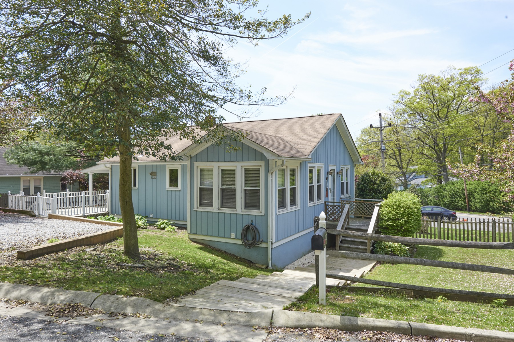 Single Family Homes для того Продажа на 600 Raritan Ave, Atlantic Highlands 600 Raritan Ave., Atlantic Highlands, Нью-Джерси 07716 Соединенные Штаты