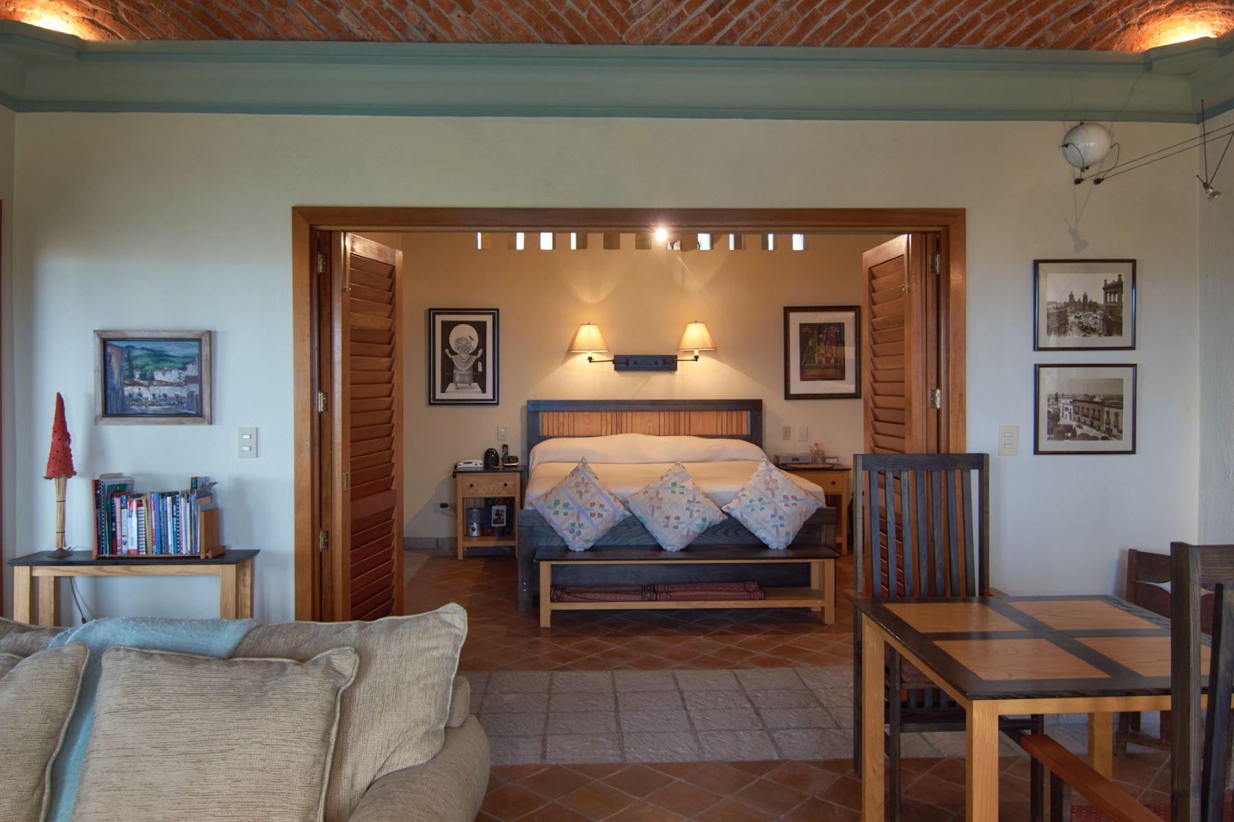 Additional photo for property listing at CASA BARRAGAN San Miguel De Allende, Guanajuato Mexico