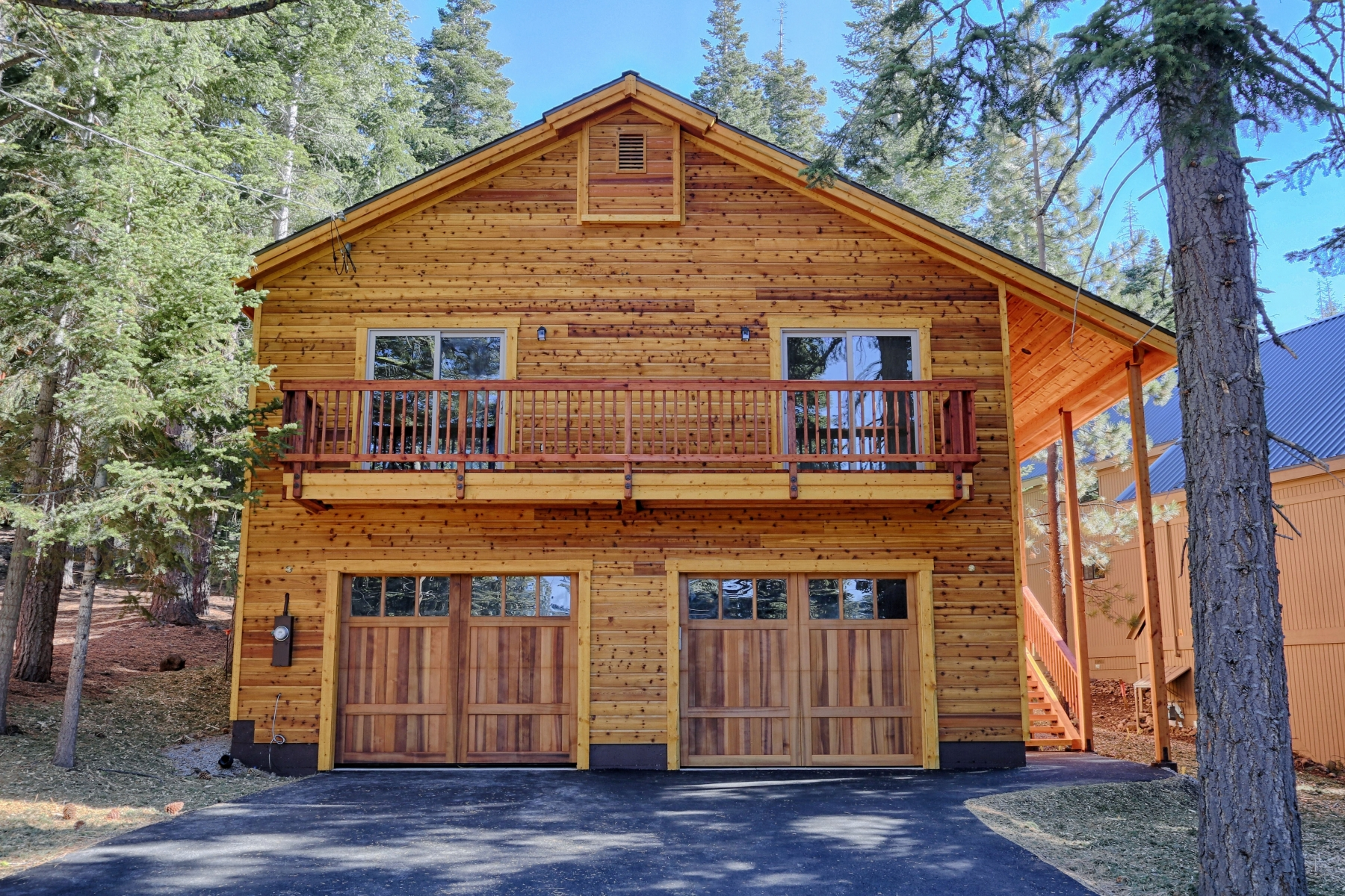 Single Family Home for Active at 11511 Sitzmark Way, Truckee, CA 11511 Sitzmark Way Truckee, California 96161 United States
