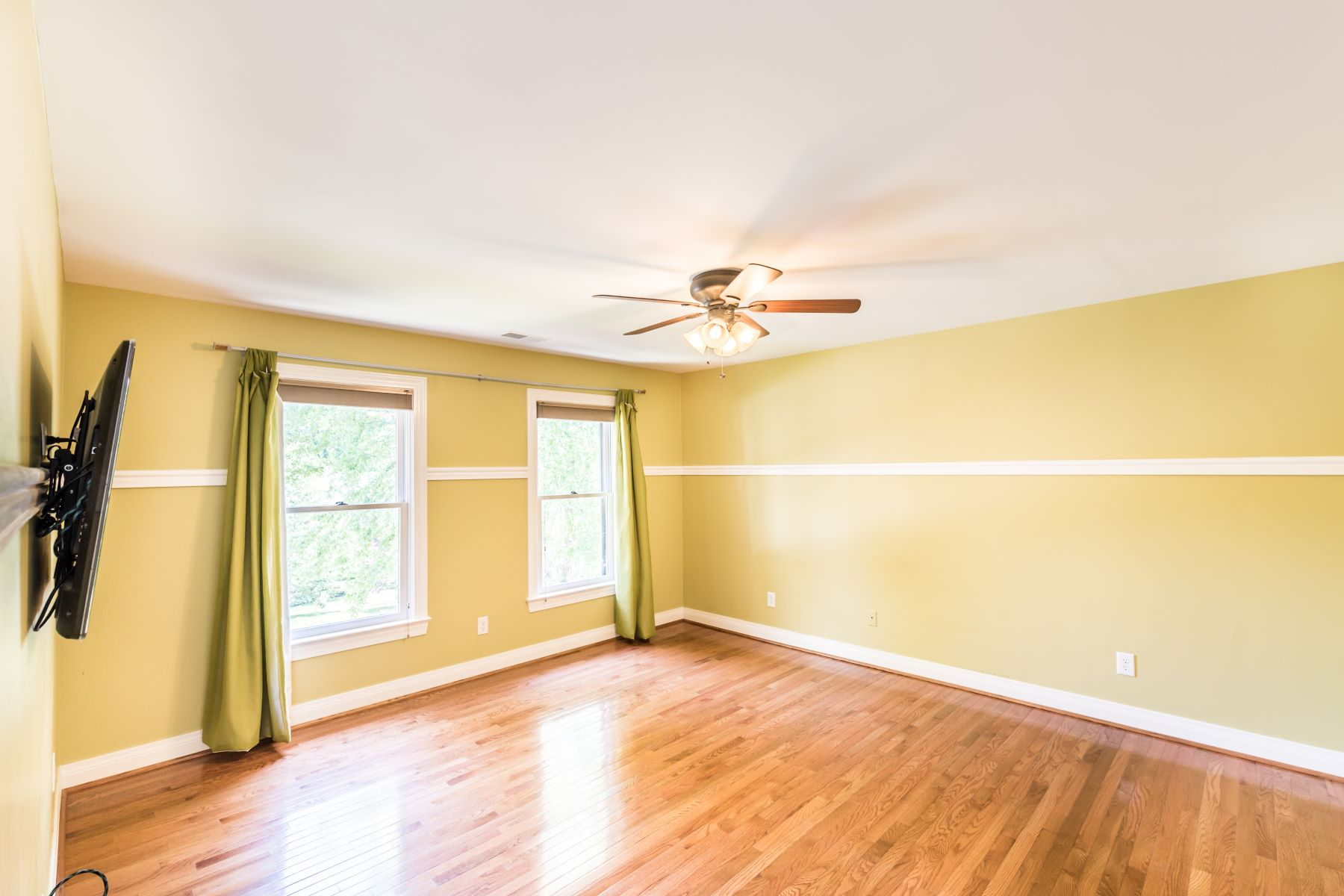 Additional photo for property listing at 17003 Ash Hill Drive  Louisville, Kentucky 40245 United States