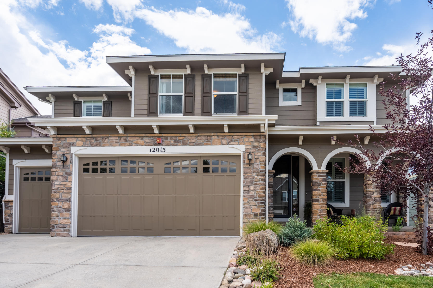 Single Family Homes for Sale at Beautiful Home on 5th Hole of Black Bear Golf Course 12015 Blackwell Way Parker, Colorado 80138 United States