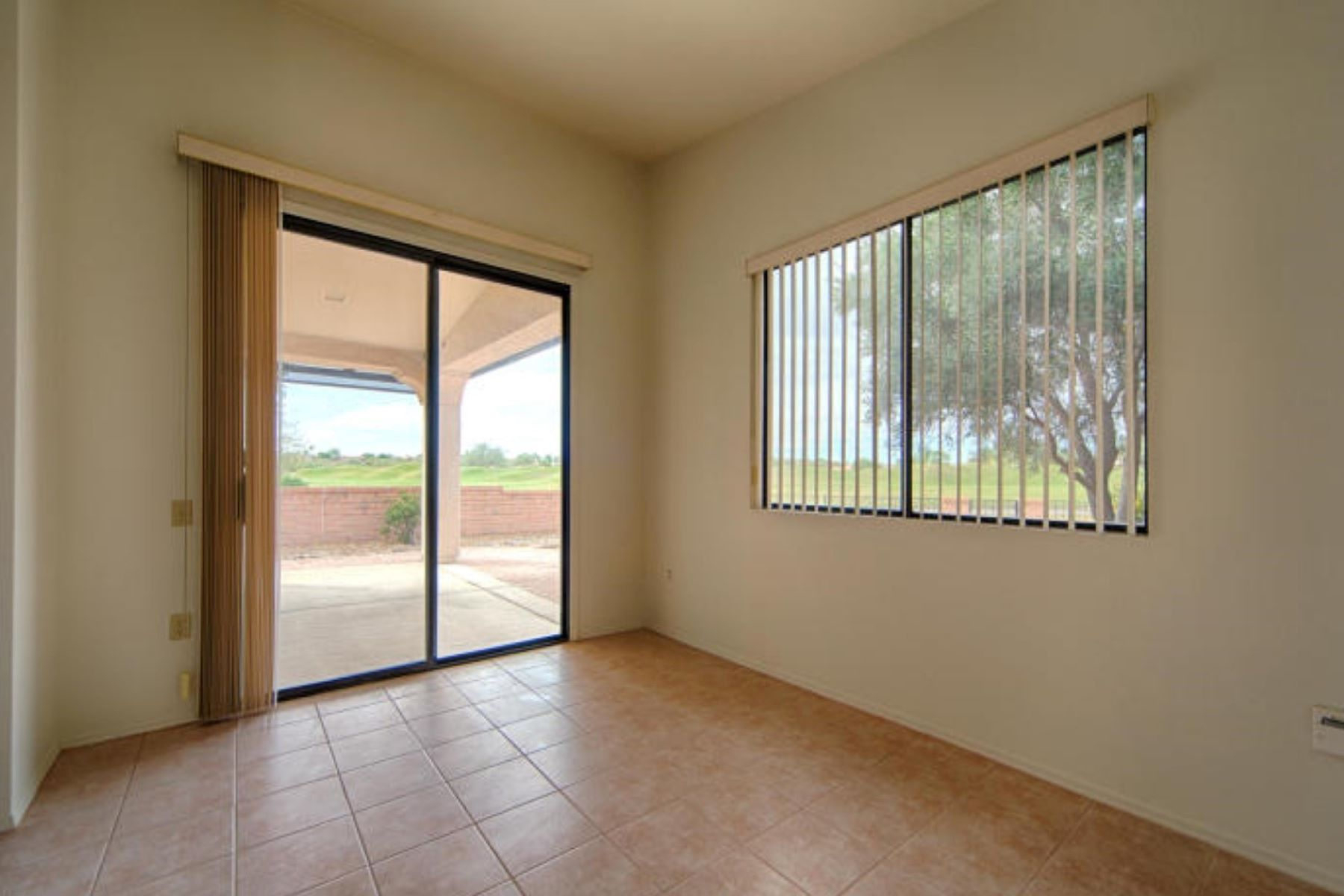 Additional photo for property listing at Golfers Delight 4370 S Golf Estates Drive Green Valley, Arizona 85622 Verenigde Staten