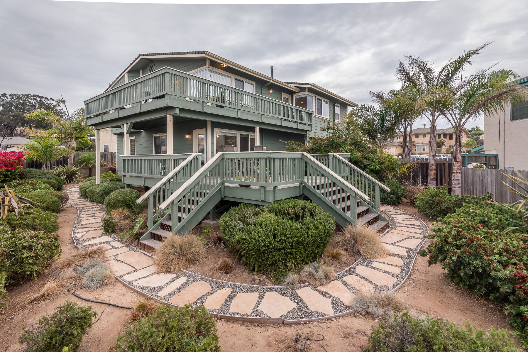 Single Family Homes for Active at Hampton Getaway in Morro ray! 612 Ironwood Court Morro Bay, California 93442 United States