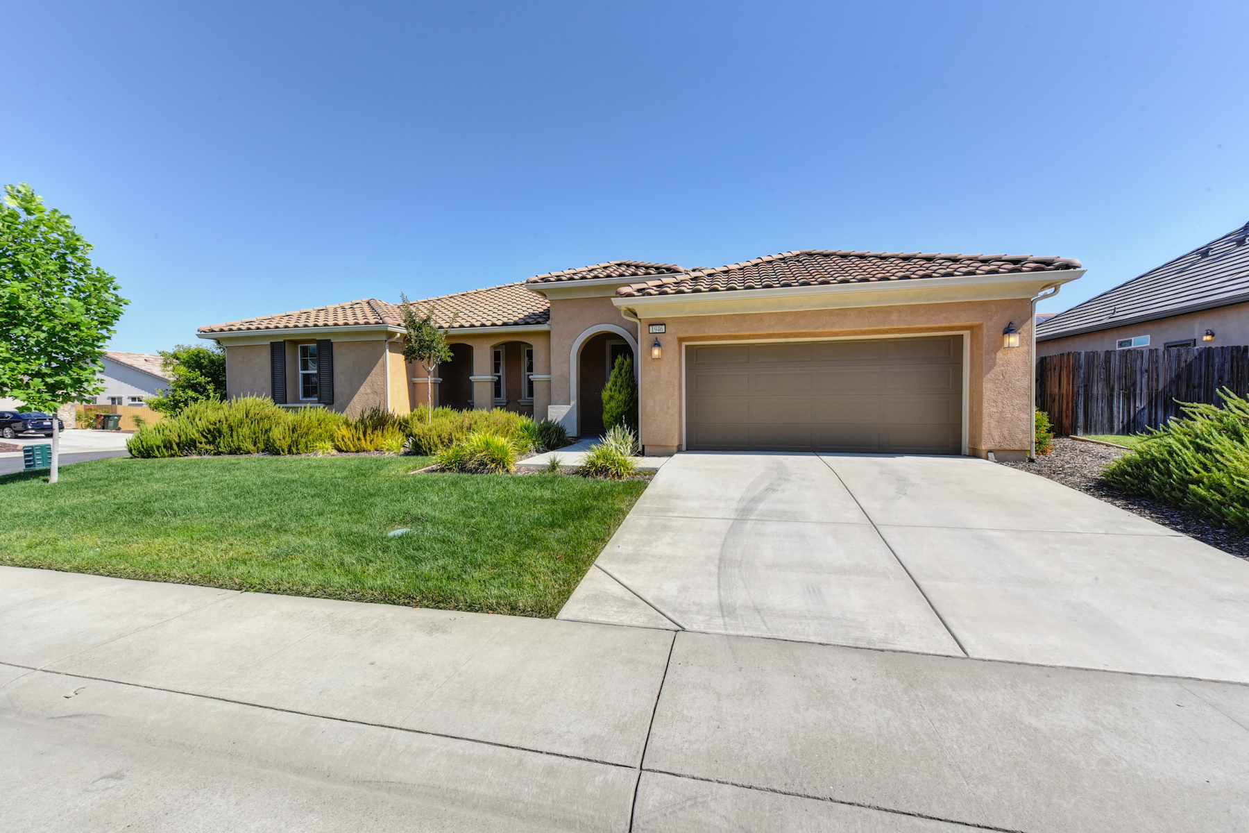 Single Family Home for Sale at 1946 Omega Way, Lincoln, CA 95648 Lincoln, California 95648 United States