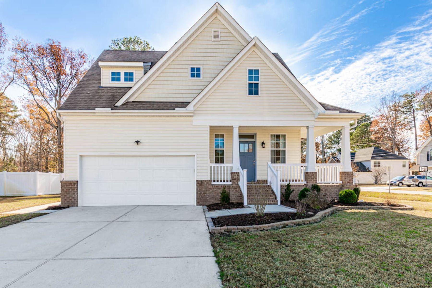 Single Family Homes for Active at ARLINGTON MEADOWS 1301 Waycroft Reach Chesapeake, Virginia 23320 United States
