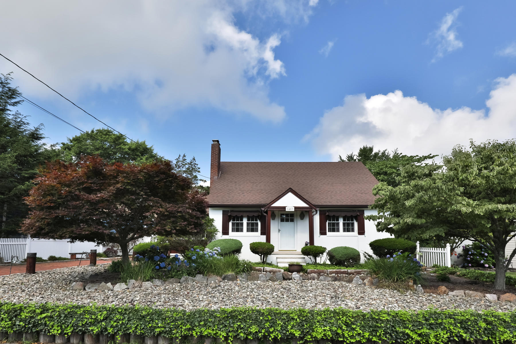 Single Family Homes for Active at Story Book Cottage Located On Oversized Lot 1403 Juliette Drive Belmar, New Jersey 07719 United States