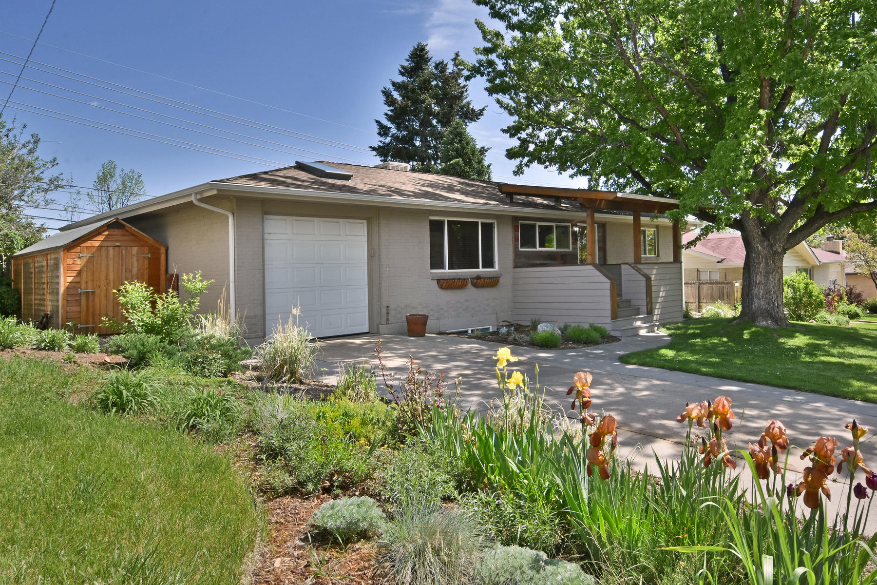 Single Family Homes for Sale at South Boulder Living With Access To The Flatirons 2805 Dartmouth Ave, Boulder, Colorado 80305 United States