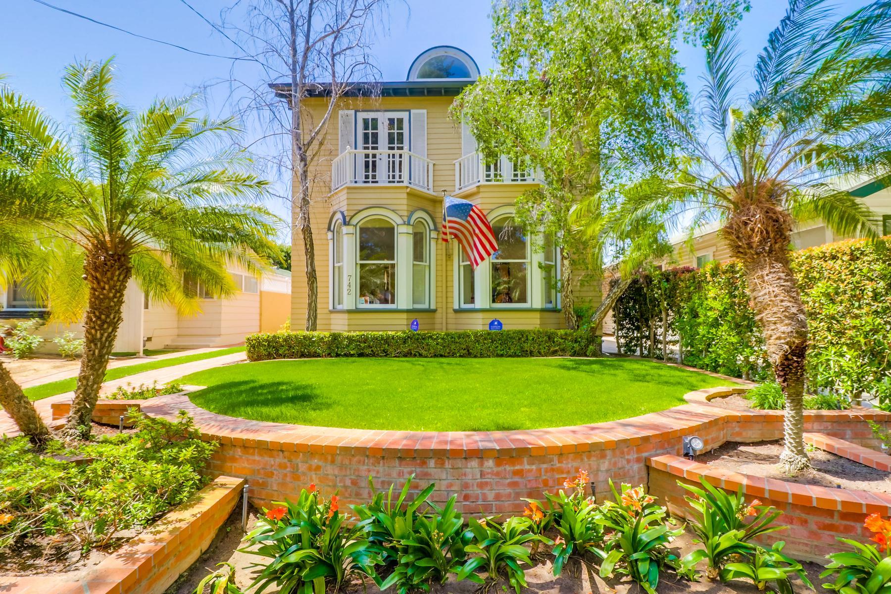 Single Family Homes for Sale at 742 Margarita Avenue Coronado, California 92118 United States