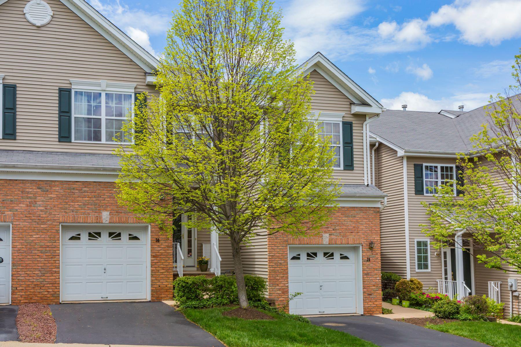 独户住宅 为 销售 在 Light, Bright, And Spacious - Montgomery Township 30 Hoover Avenue 普林斯顿, 新泽西州, 08540 美国