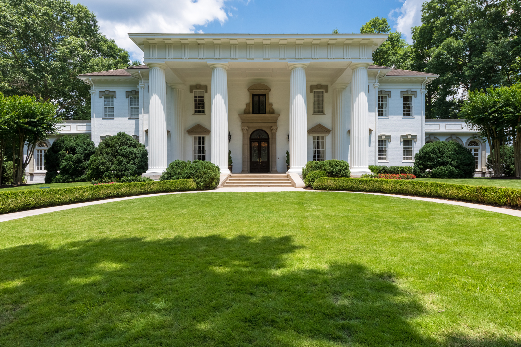Single Family Home for Sale at Situated On The Chattahoochee On 14+/- Private Acres 60 Sherington Place Atlanta, Georgia 30350 United States