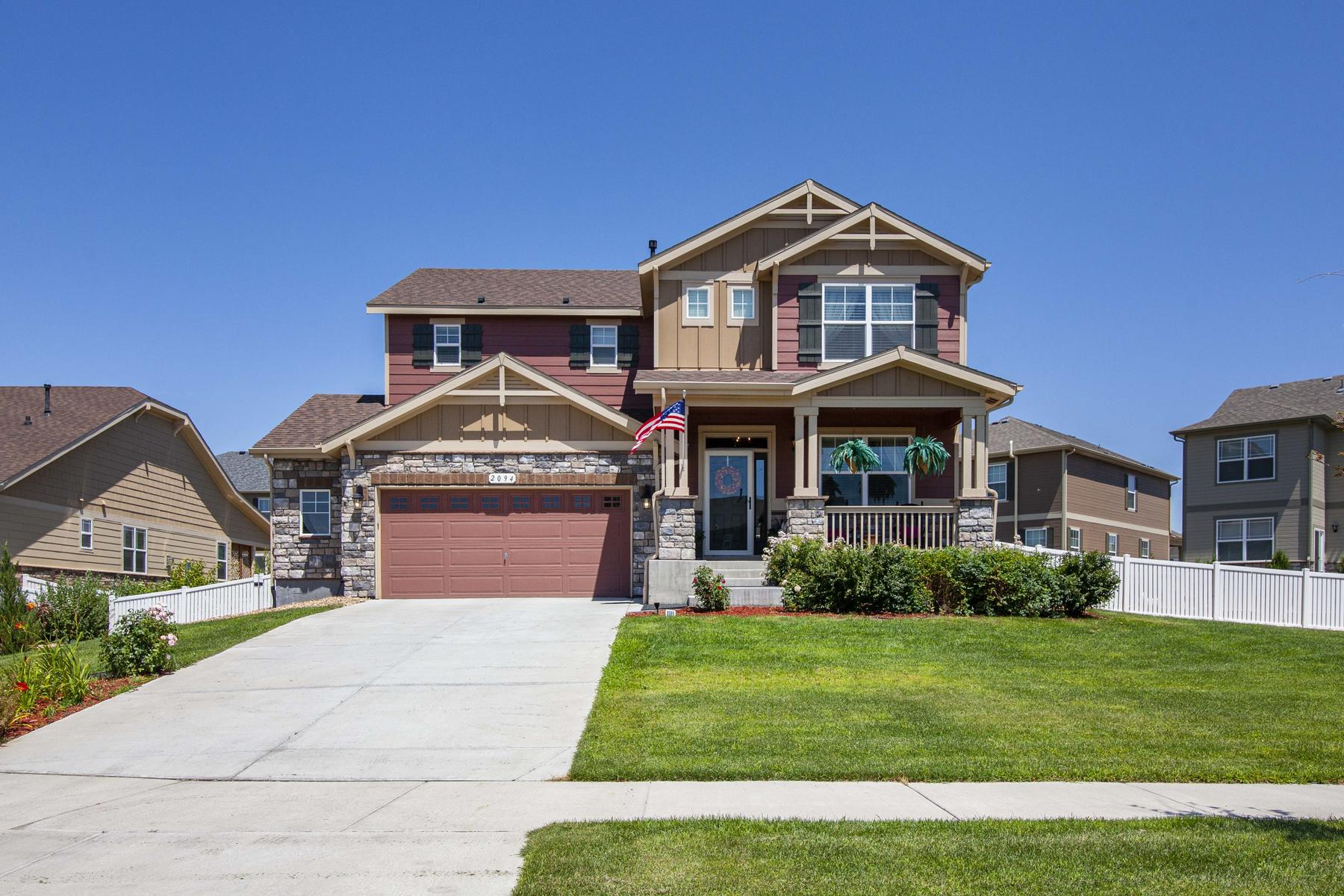 Single Family Homes 為 出售 在 Beautiful and Spacious Prairie Village Home 2094 Winding Dr, Longmont, 科羅拉多州 80504 美國