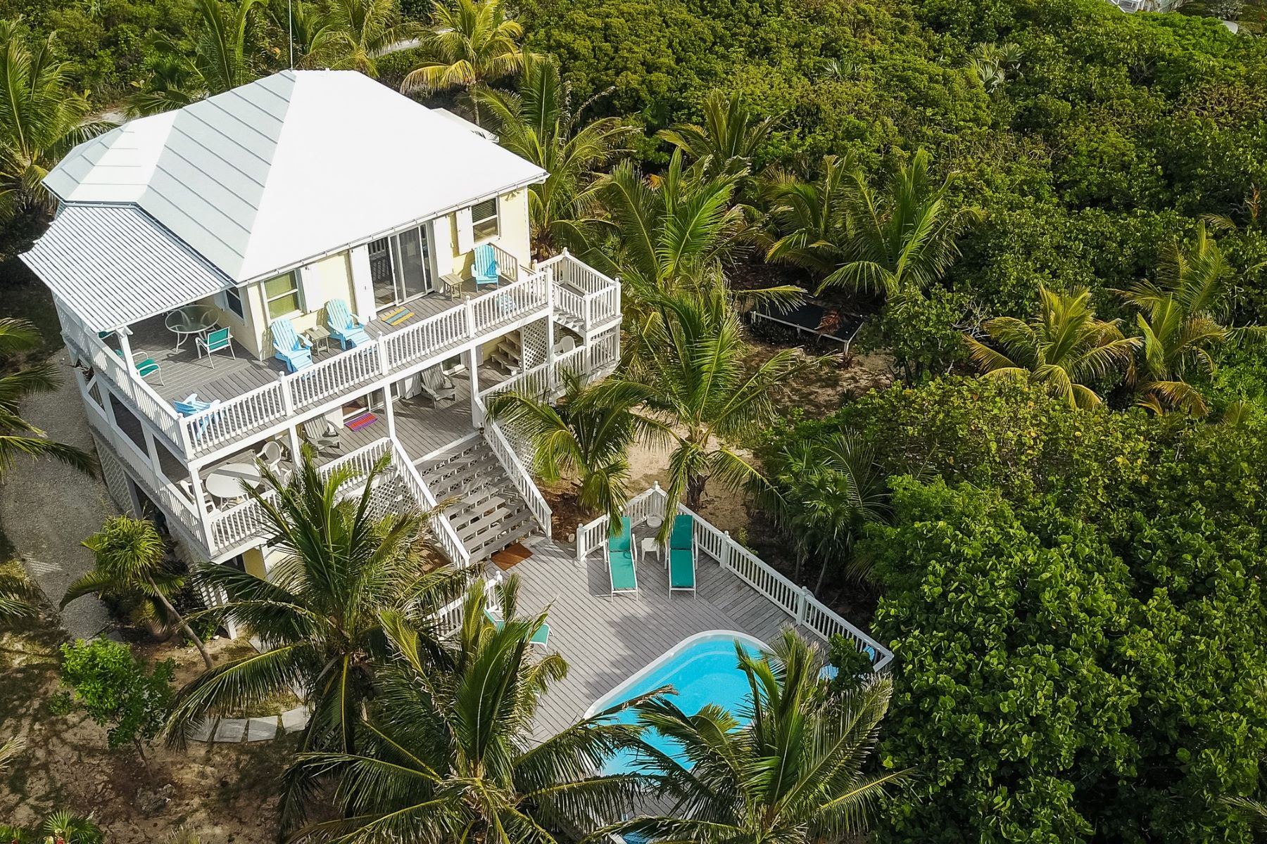 Additional photo for property listing at Abaco Rum Punch Elbow Cay Hope Town, Abaco Bahamas