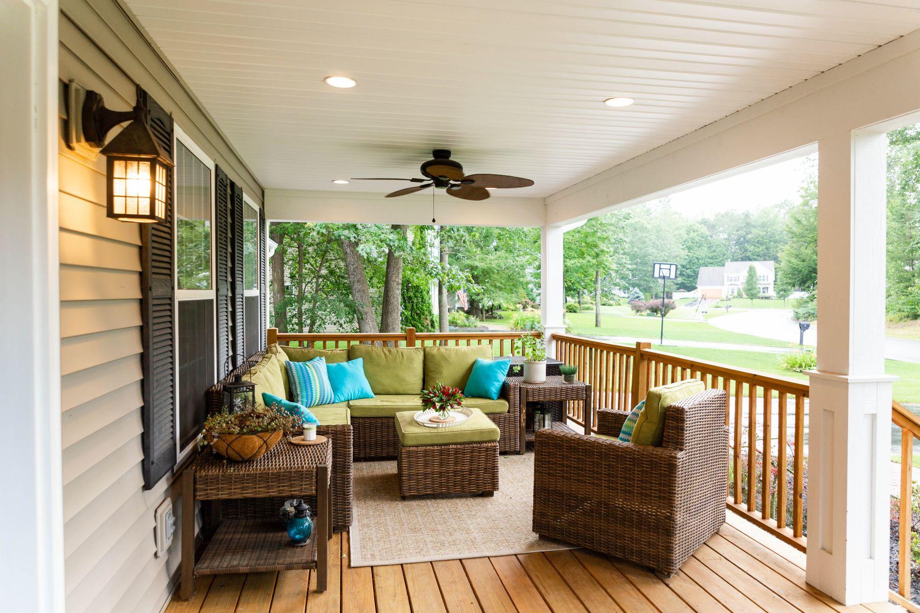 Single Family Homes for Sale at Lovely Home in Gansevoort 8 Glenburnie Dr Gansevoort, New York 12831 United States