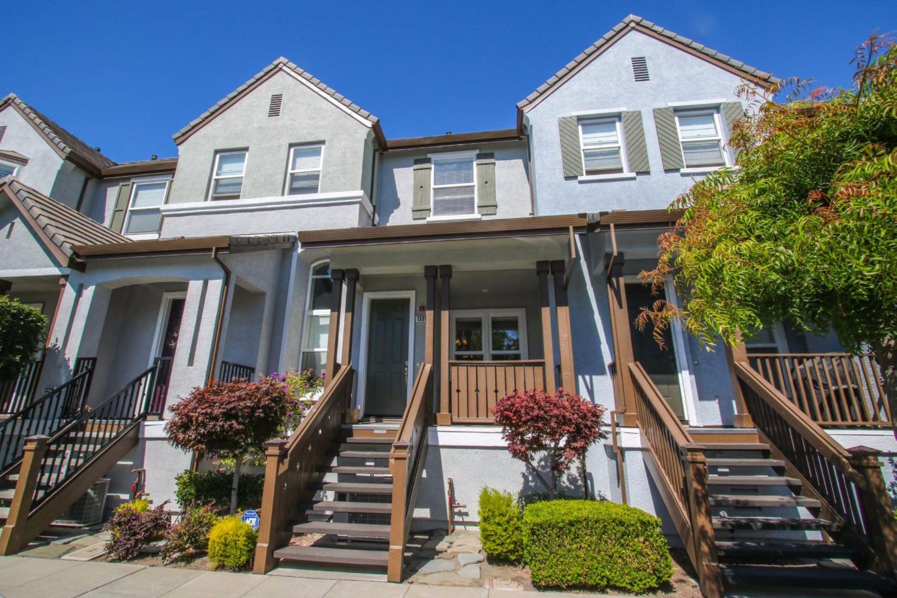 Townhouse for Sale at 1331 Wayne Way San Mateo, California 94403 United States