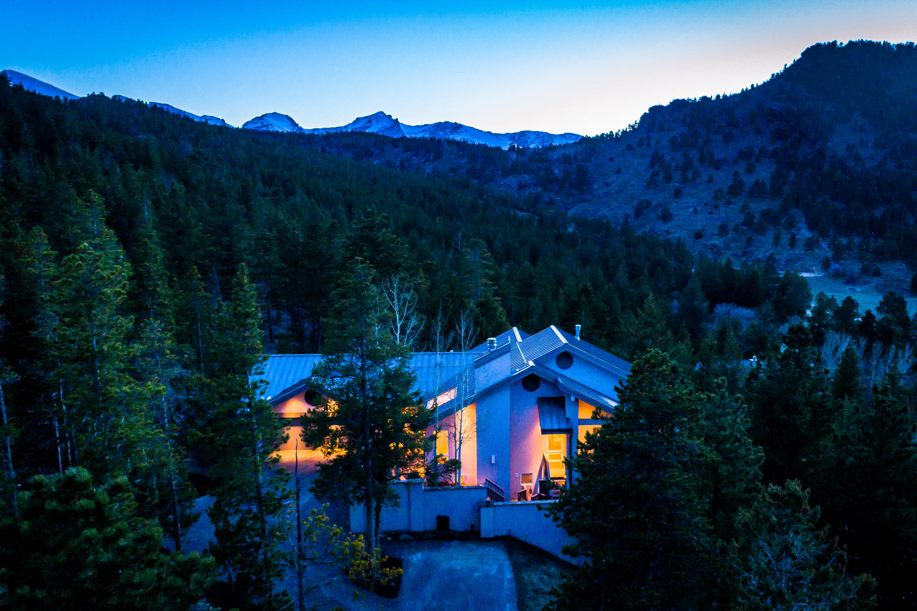 Single Family Home for Active at Private Mountain Property Borders Rocky Mountain National Park 2725 Nimbus Dr Estes Park, Colorado 80517 United States