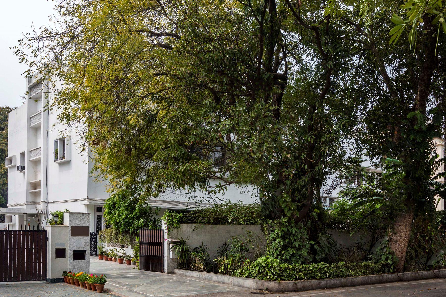 Single Family Homes for Sale at Bungalow in Sunder Nagar Sunder Nagar, Lutyens Bungalow Zone New Delhi, Delhi 110003 India