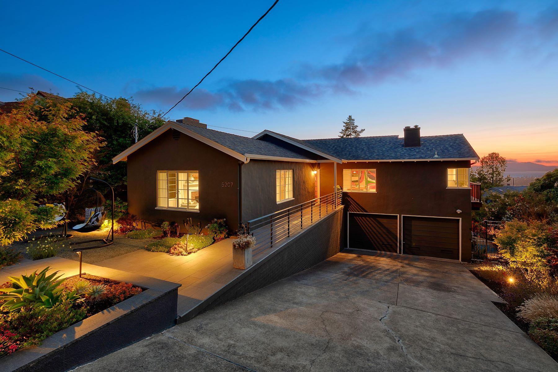 Single Family Homes por un Venta en Timeless Mid-Century Modern 5207 Masonic Avenue Oakland, California 94618 Estados Unidos