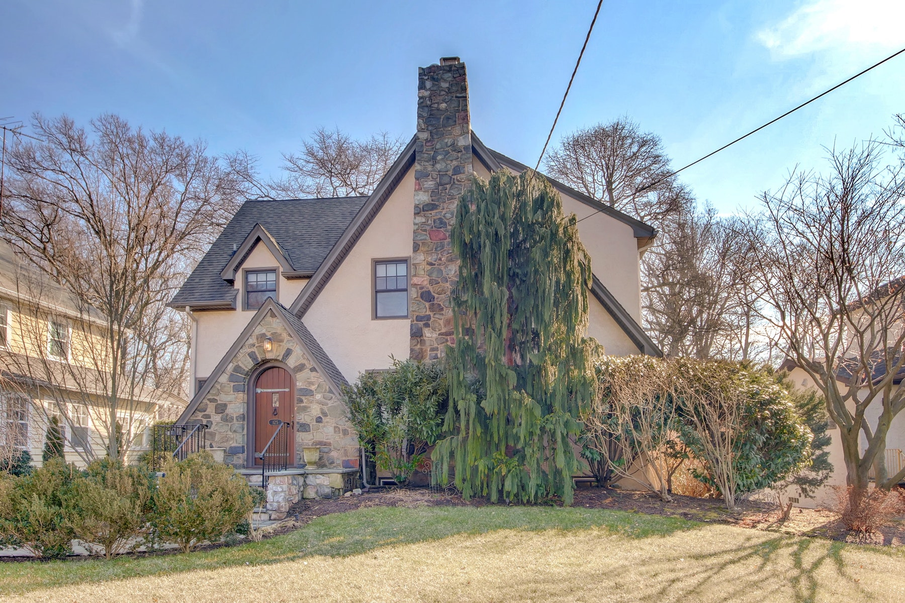 Single Family Home for Sale at Quintessential Glen Rock! 125 Boulevard, Glen Rock, New Jersey 07452 United States