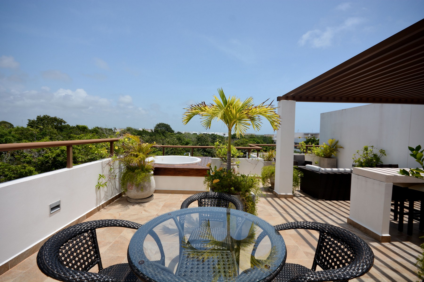 Additional photo for property listing at PENTHOUSE DE LUJO EN UNA COMUNIDAD DE GOLF 5 ESTRELLAS PH Tao Community Carretera federal chetumal- B.Juarez km 250 Akumal, Quintana Roo 77750 México
