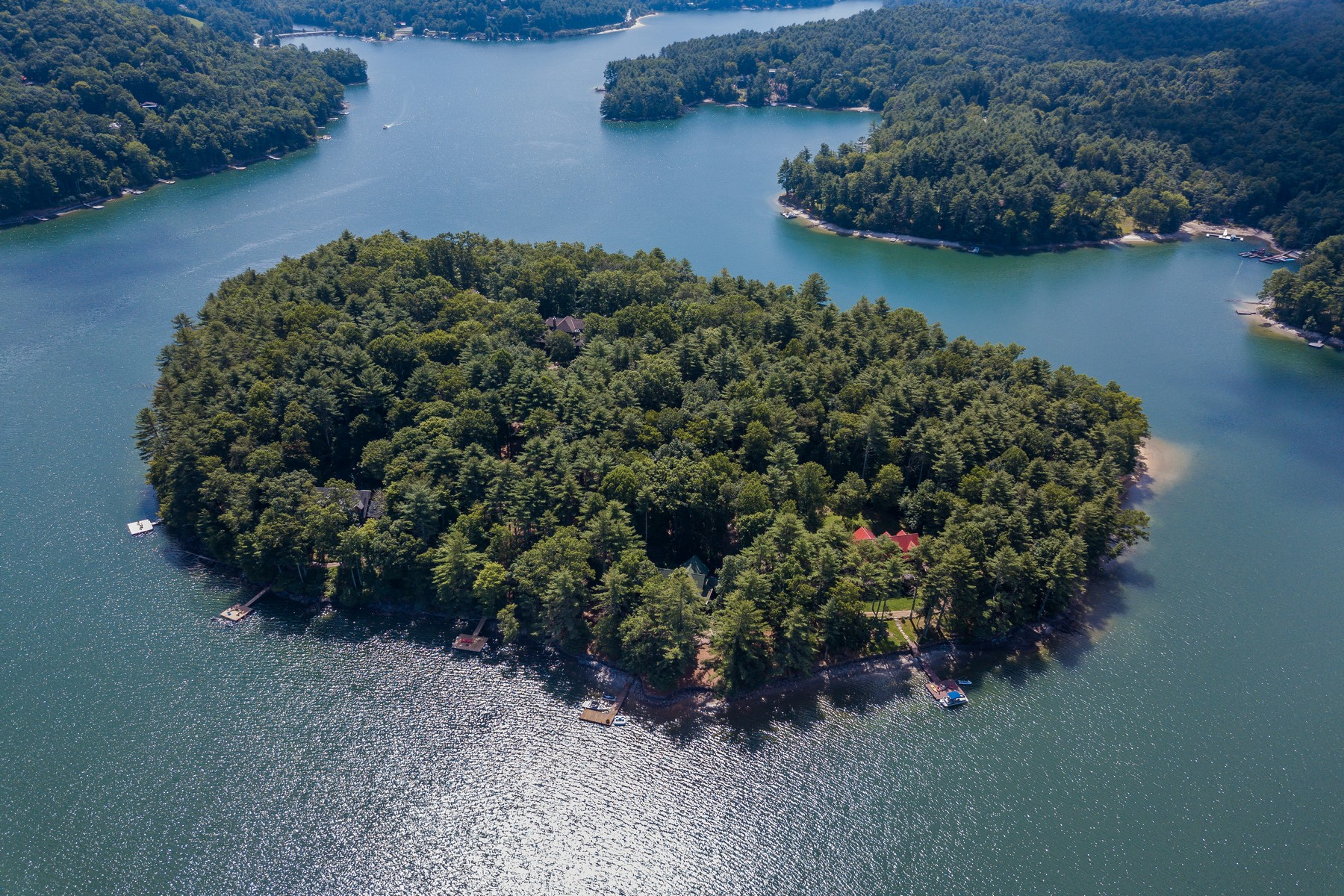 Land for Active at 9 Buck Knob Island Glenville, North Carolina 28736 United States