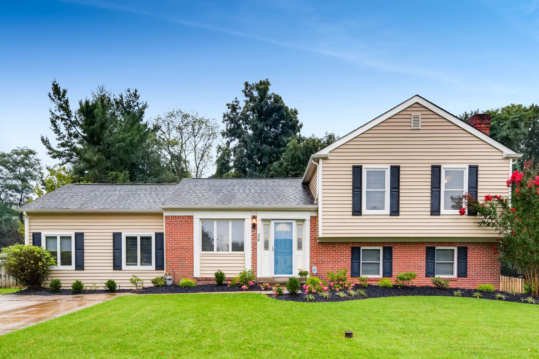 single family homes for Active at Coachford 34 Norwick Circle Lutherville, Maryland 21093 United States