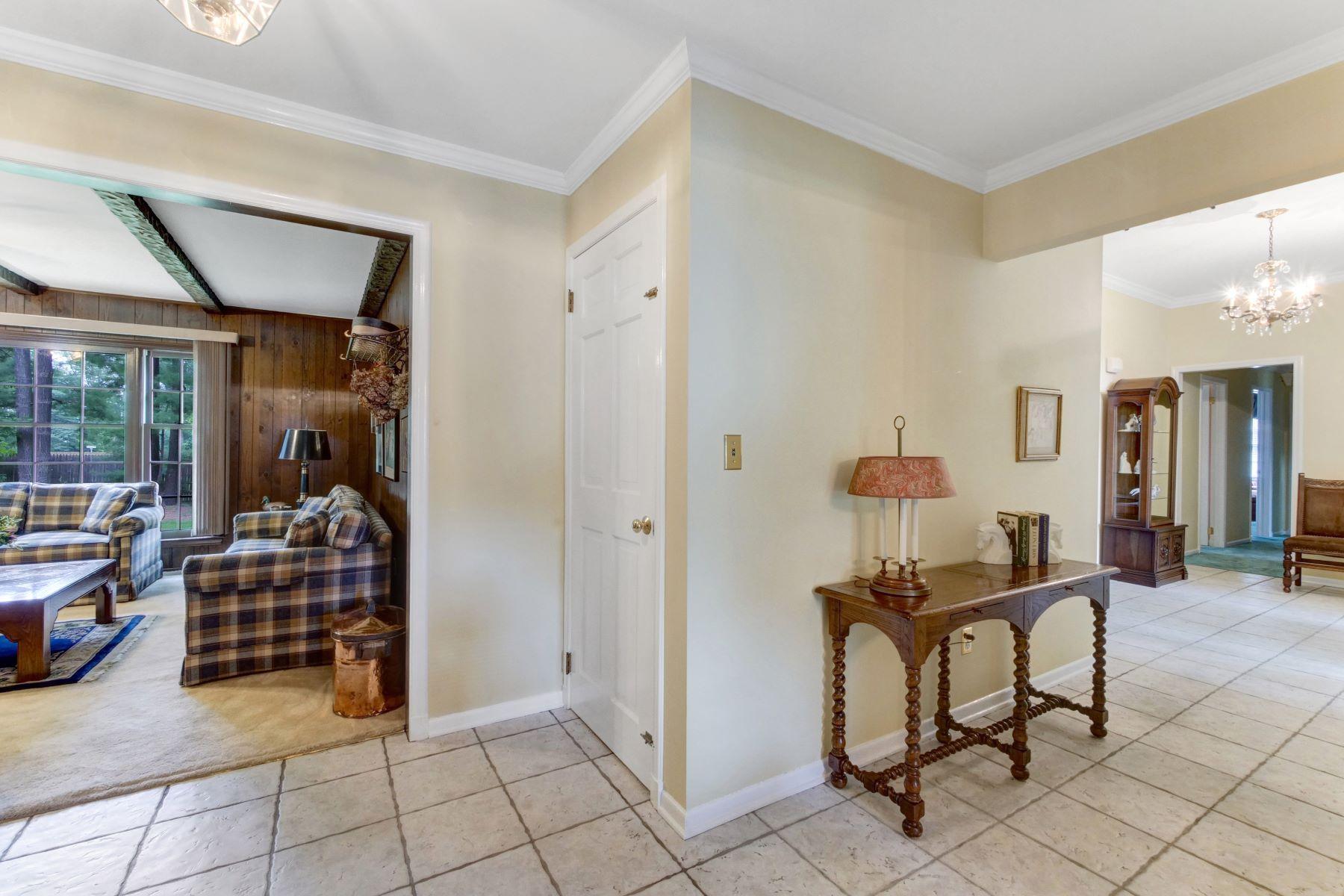 Additional photo for property listing at Cozy Ranch 1 Aspen Drive, Chester, Nueva Jersey 07930 Estados Unidos