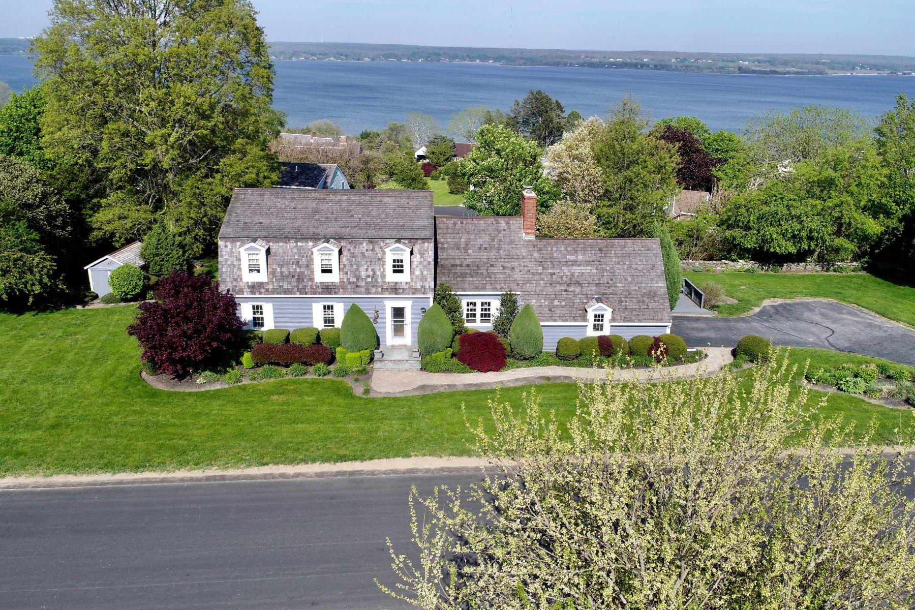 独户住宅 为 销售 在 Sea Meadow 191 Sea Meadow Drive 朴茨茅斯, 罗得岛 02871 美国