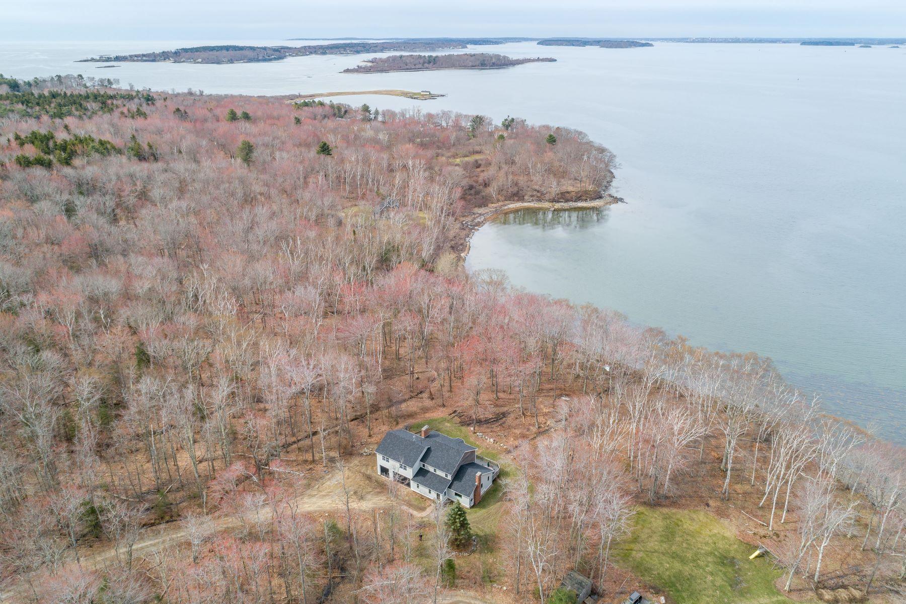 Single Family Homes للـ Sale في Chebeague Island, Maine 04017 United States