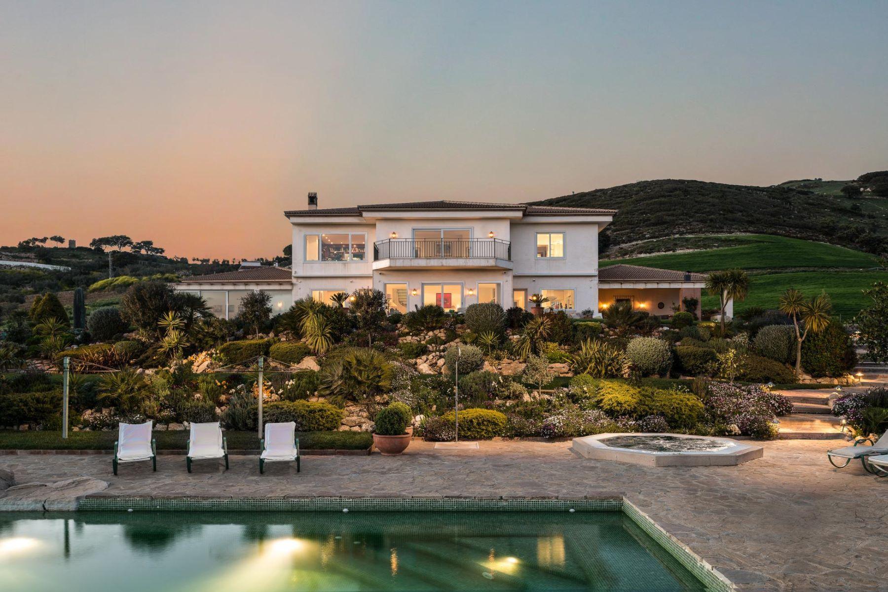 莊園式牧場 / 農場 / 種植園 為 出售 在 Finca Los Rosales Malaga, 安達盧西亞, 西班牙