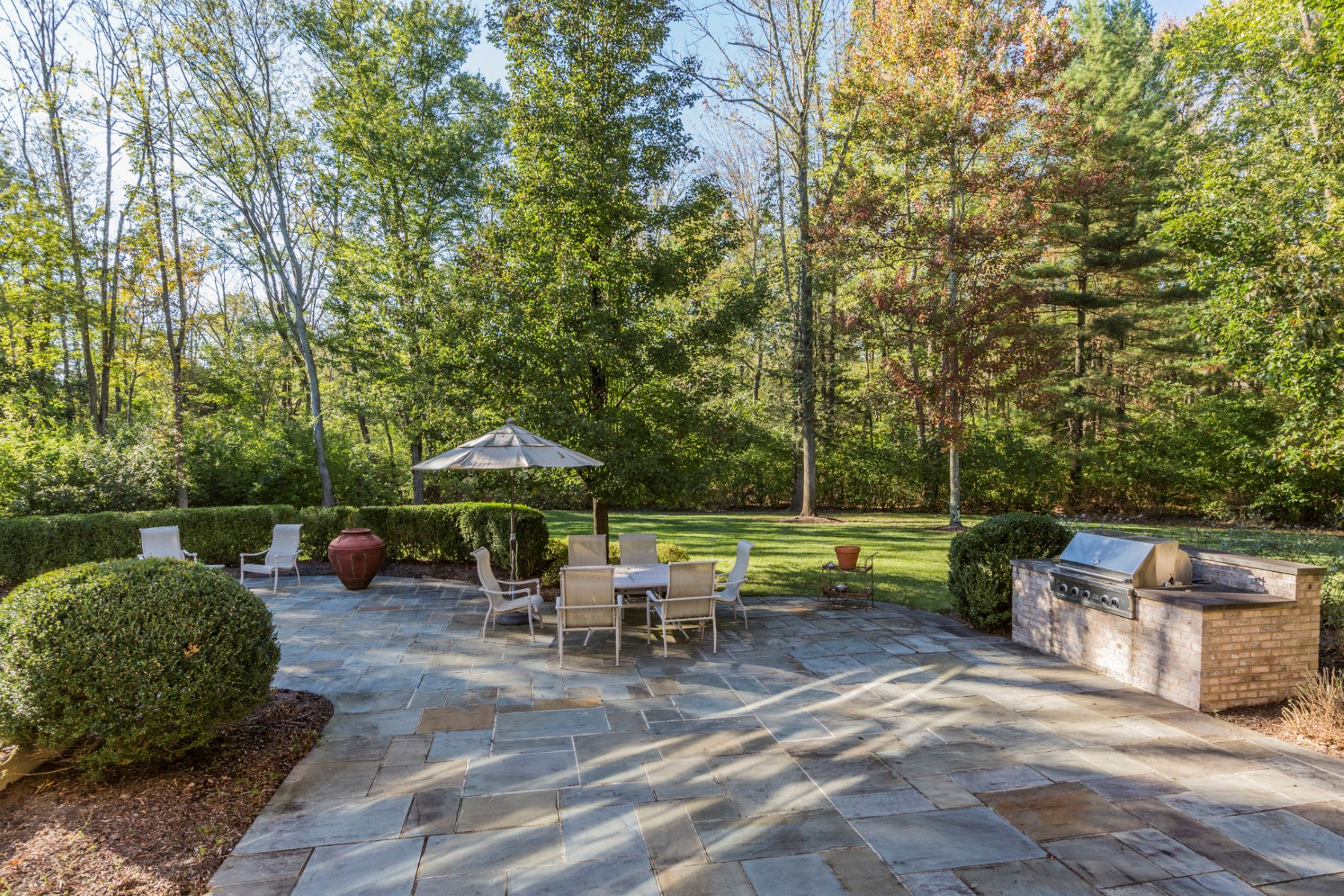 Additional photo for property listing at The Pride of Princeton's Rushbrook Enclave 18 Katies Pond Road Princeton, New Jersey 08540 United States